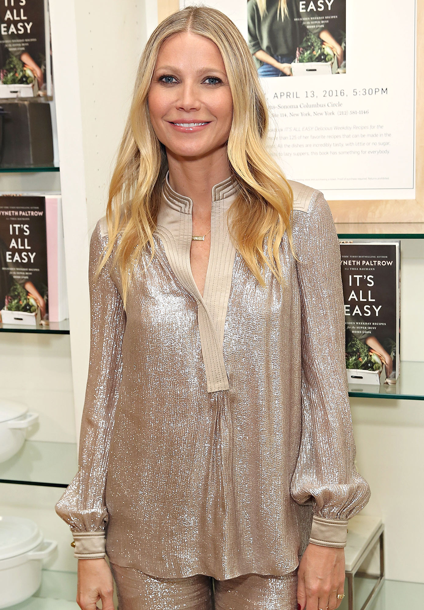 "Gwyneth Paltrow Signs Copies Of ""It's All Easy"""