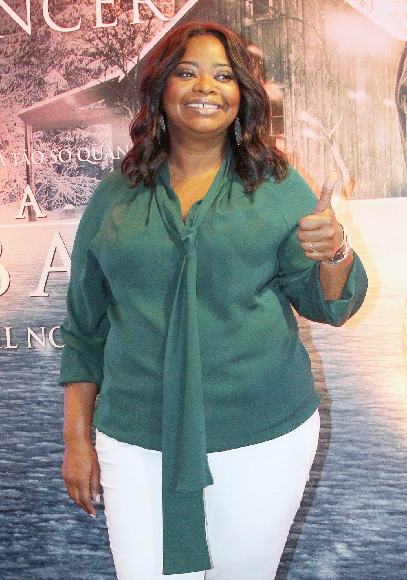 Octavia Spencer is all smiles during 'The Shack' photocall in Rio