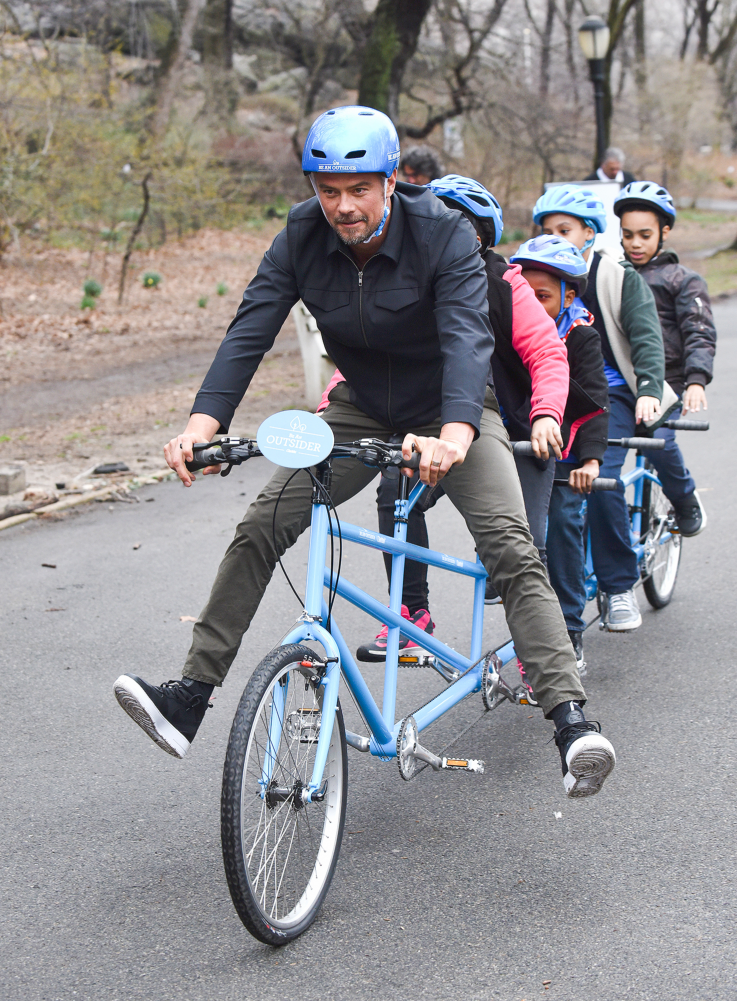 """Josh Duhamel Partners With Claritin And Boys & Girls Clubs Of America To Launch The """"Be An Outsider Campaign"""""""