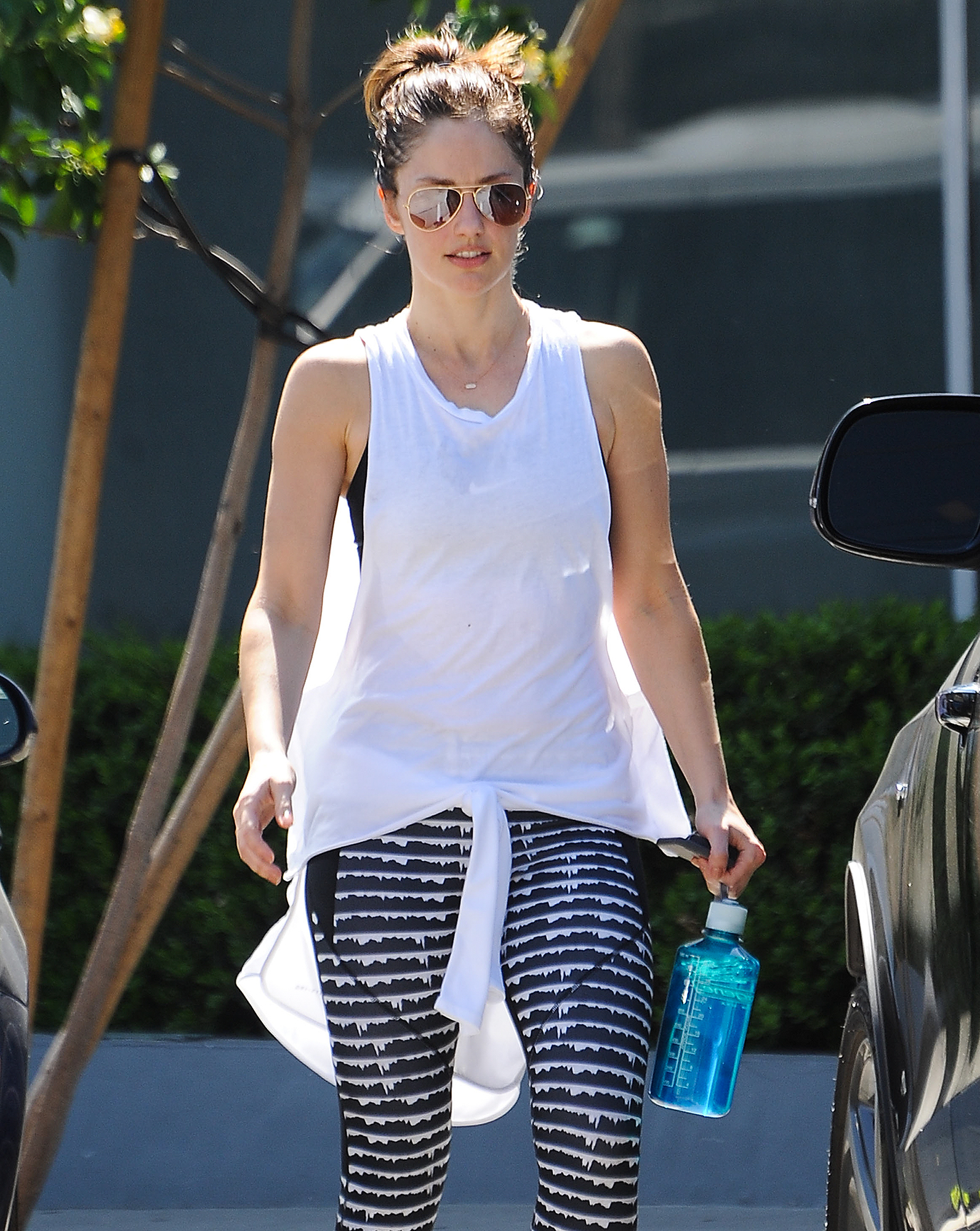 Minka Kelly Gets Her Workout In
