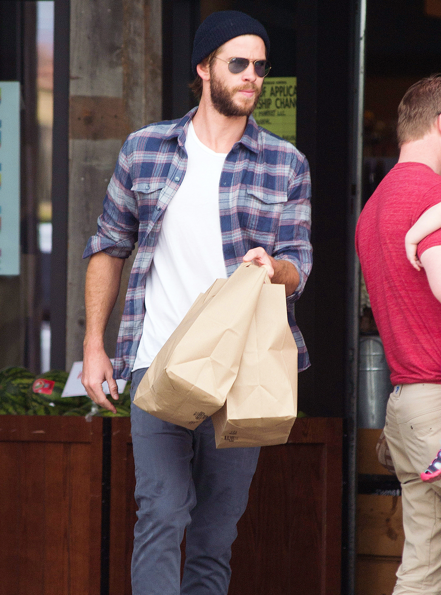 EXCLUSIVE: Liam Hemsworth is Spotted Grabbing Some Groceries in LA