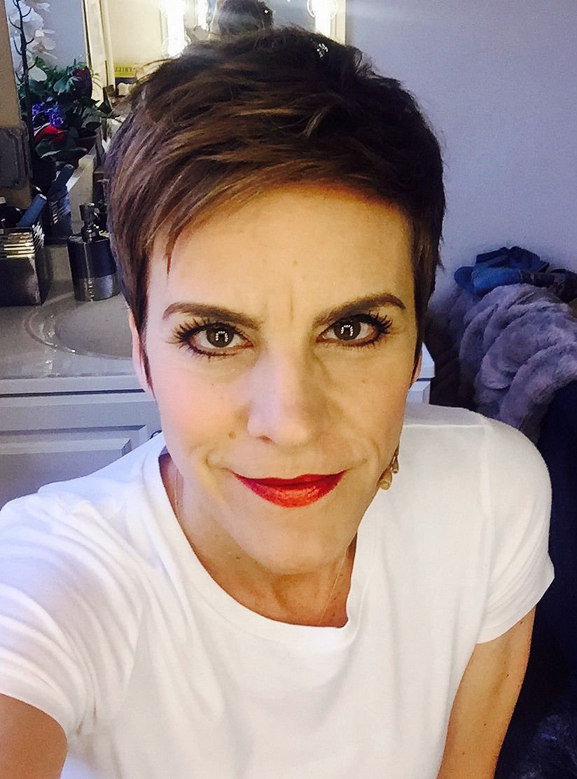 Come-From-Away_Jenn-Colella_1
