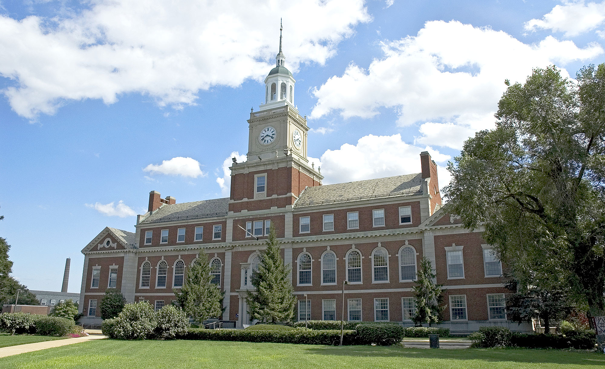 USA, Washington DC, Howard University, facade of historic Founders Library with blue sky and white clouds above