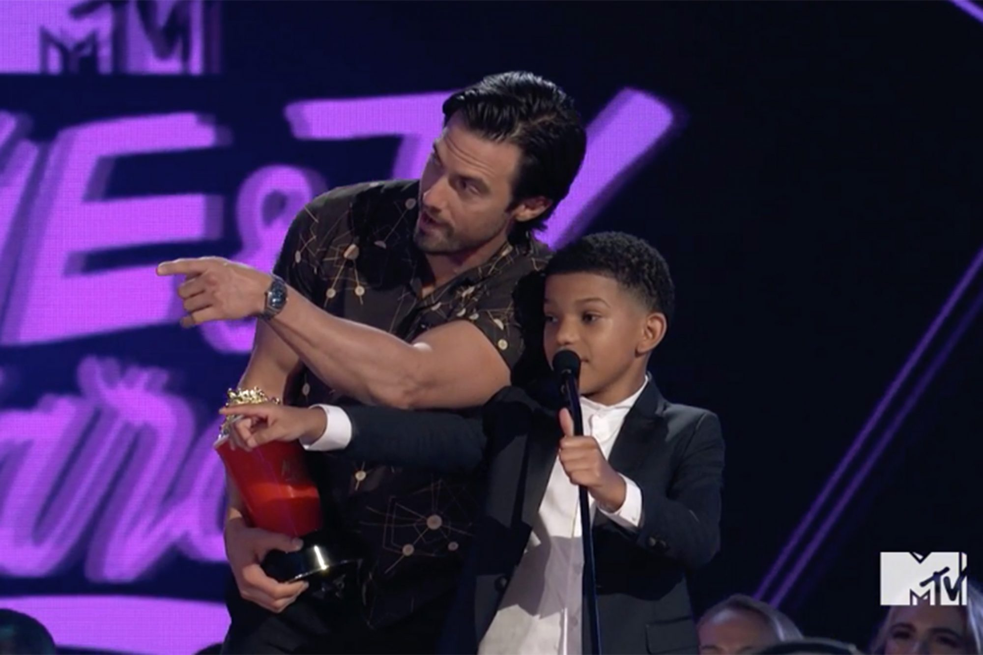 THE THIS IS US CAST CONTINUES TO STEAL HEARTS