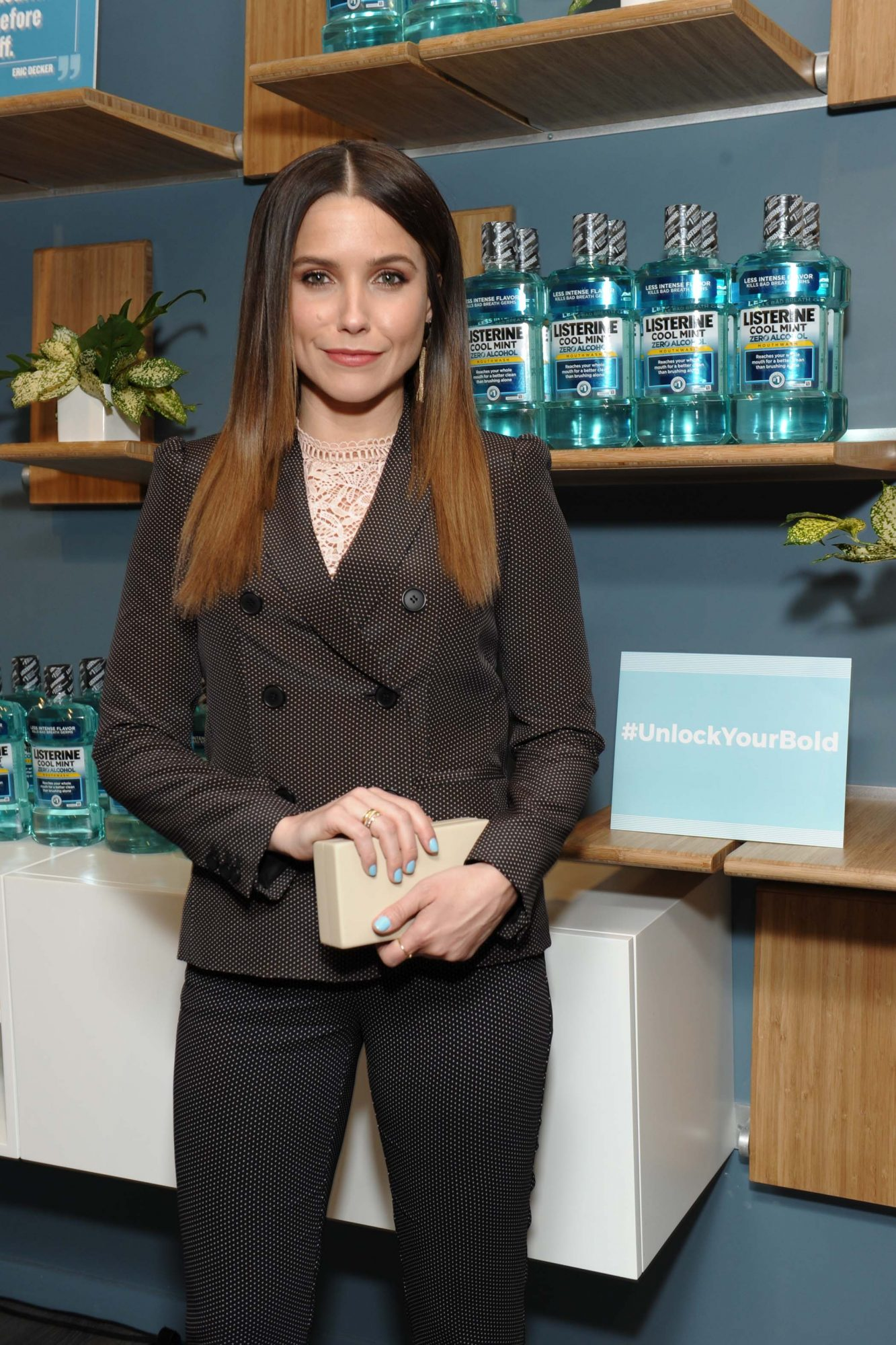 """LISTERINE Brand launches #UnlockYourBold with Sophia Bush, Eric Decker and Stephen `tWitch` BossCaption: Sophia Bush, Eric Decker and Stephen """"tWitch"""" Boss joined LISTERINE® Brand for the launch of #UnlockYourBold celebrating the power of small habits and how they inspire bold action.  The event also featured a special meditation session featuring the new Be Bold Collection of meditations LISTERINE® Brand developed in partnership with INSCAPE."""