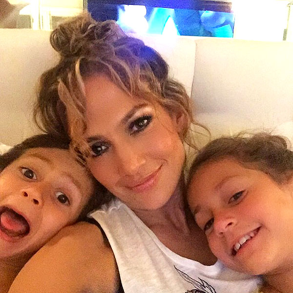 DOES JLO SING HER KIDS TO SLEEP?