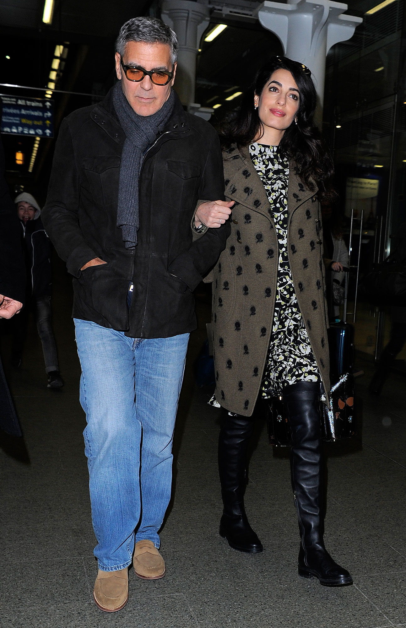 George Clooney and his pregnant wife Amal Clooney arriving at the Eurostar.