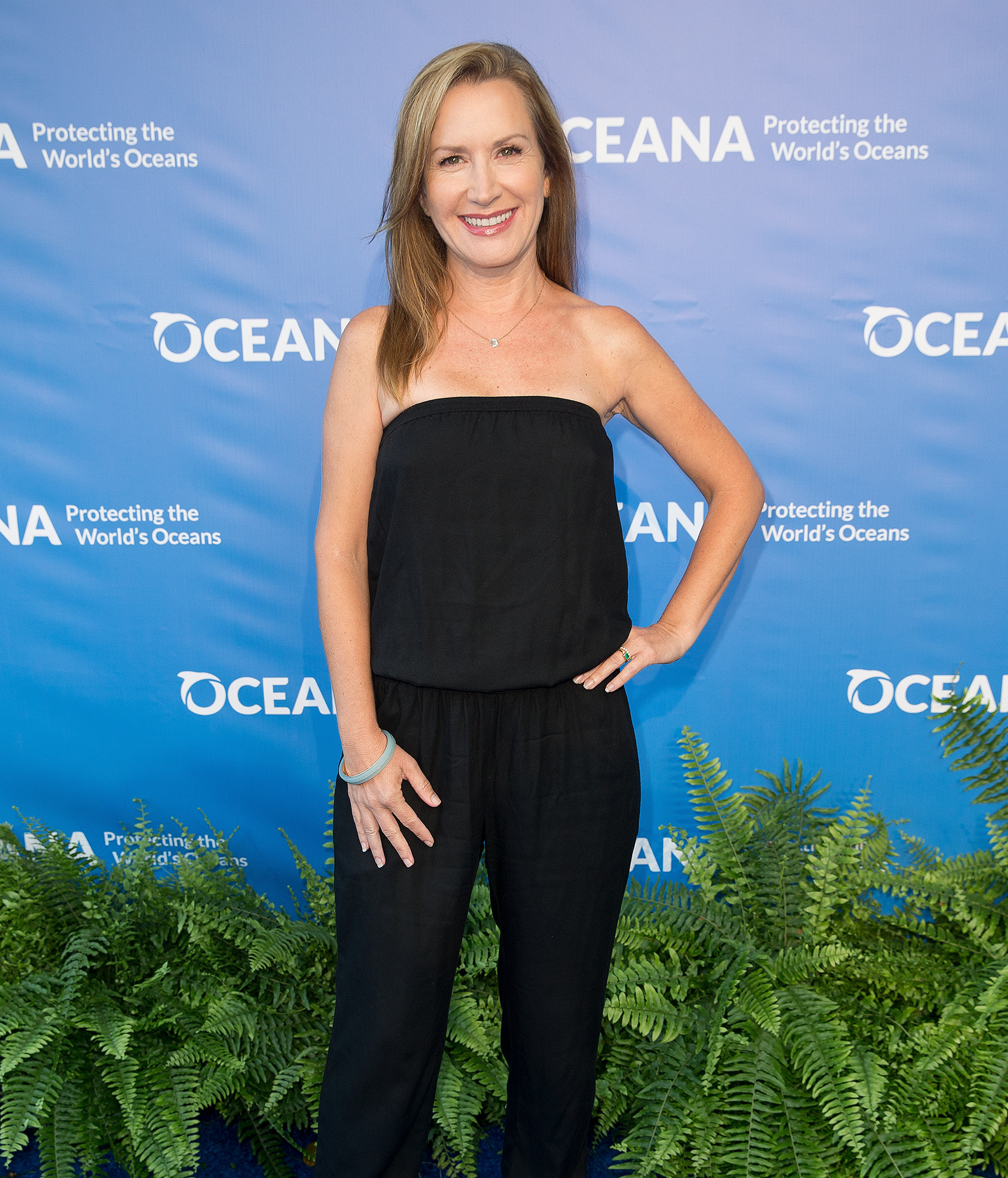 """Haters Back Off"" star Angela Kinsey attends Ocena's Seachange S"