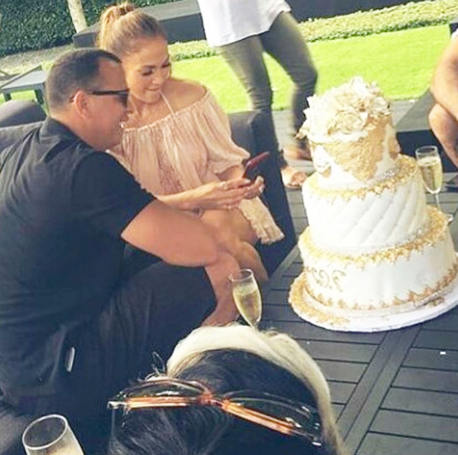 Peachy Jennifer Lopez Gets Another Birthday Cake From Alex Rodriguez Personalised Birthday Cards Petedlily Jamesorg