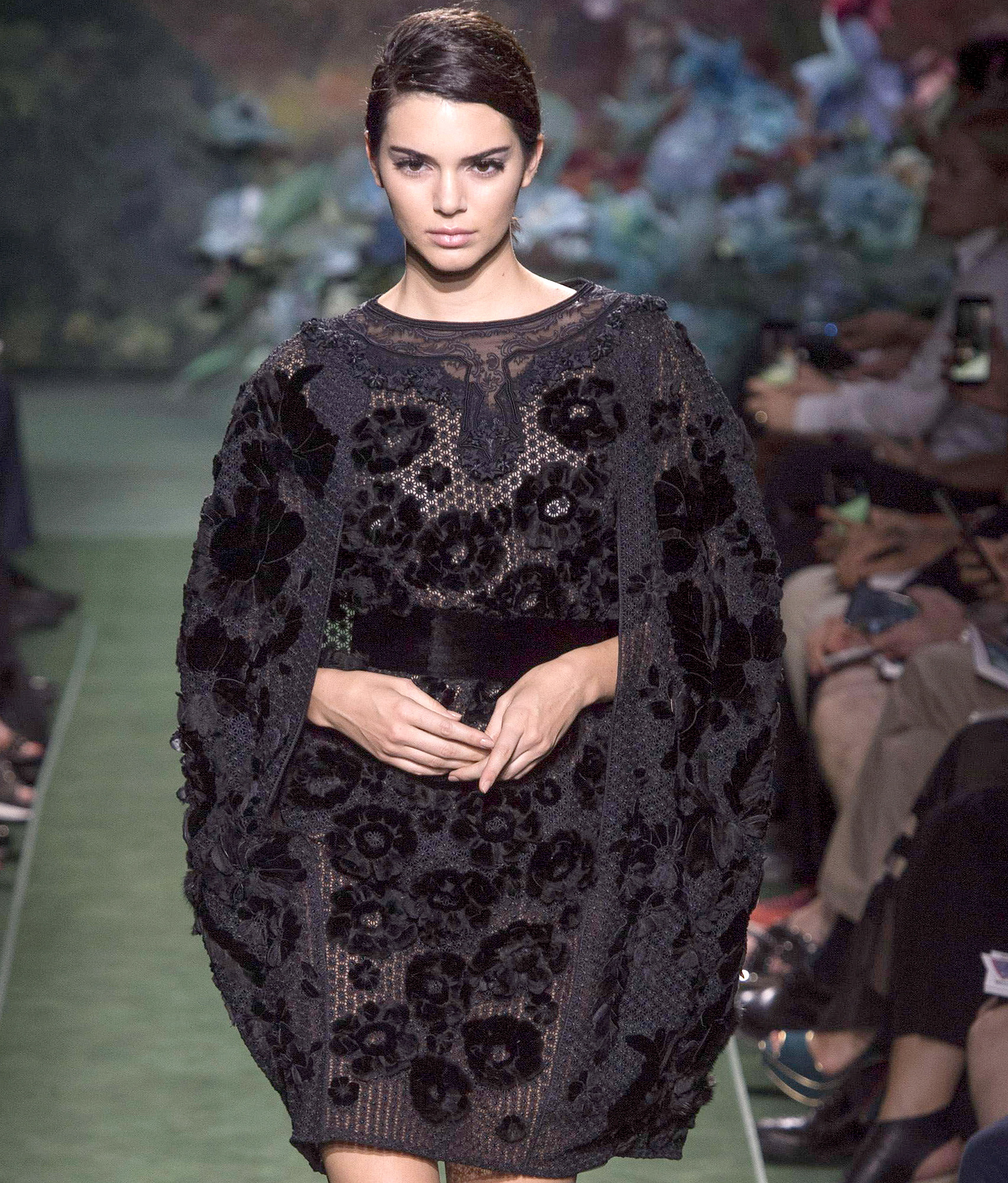 Kendall Jenner And Stella Maxwell Stunning On The Runway For Fendi USA ONLY