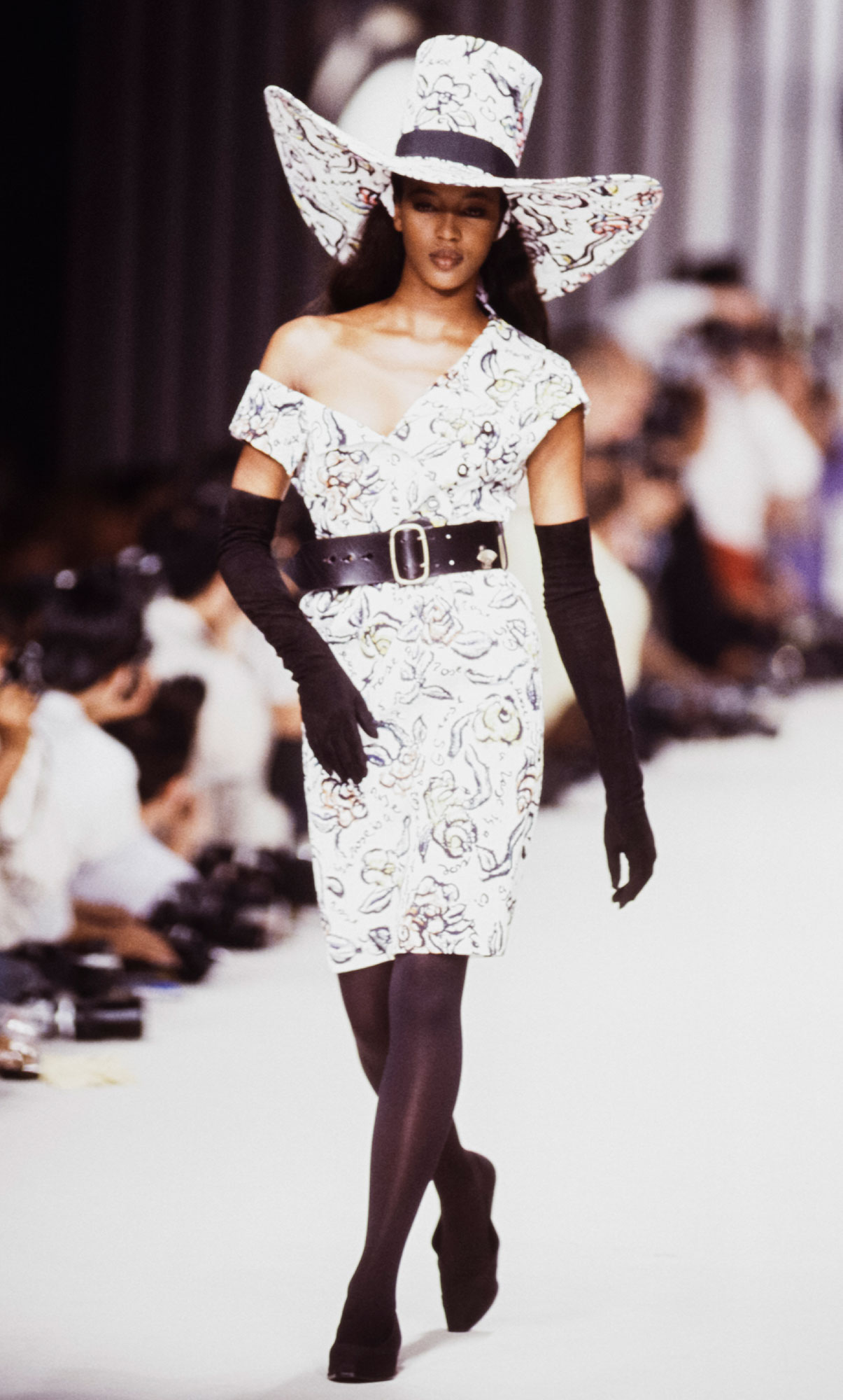 Karl Lagerfeld - Runway - Ready To Wear Spring/Summer 1989