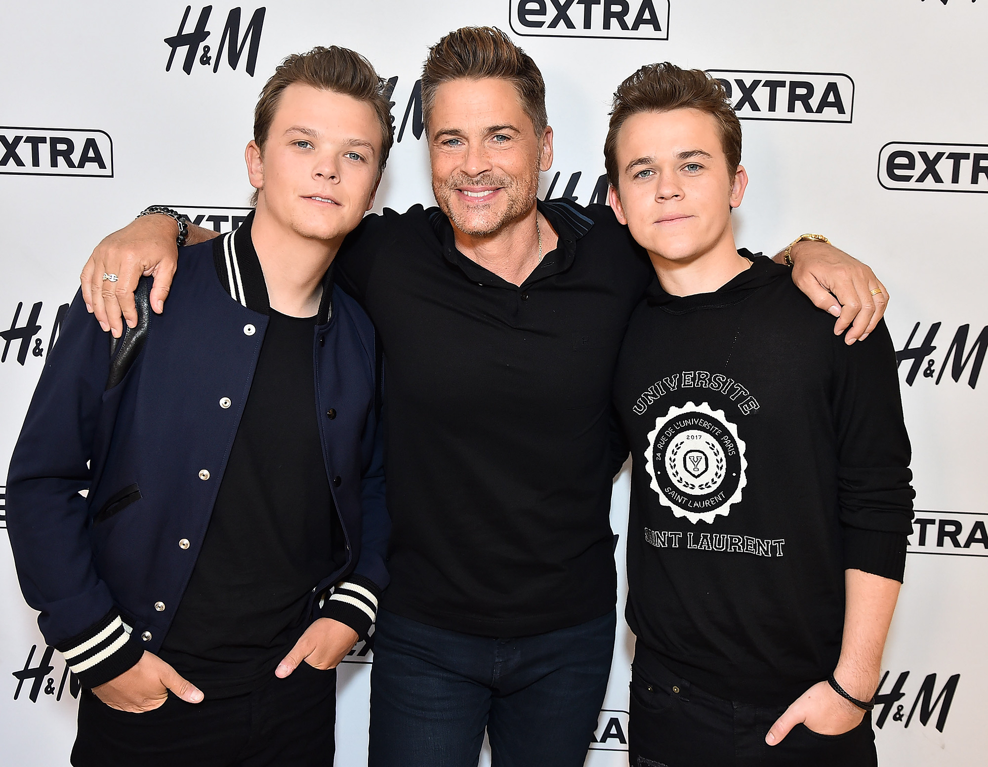 """Rob Lowe Visits """"Extra"""""""