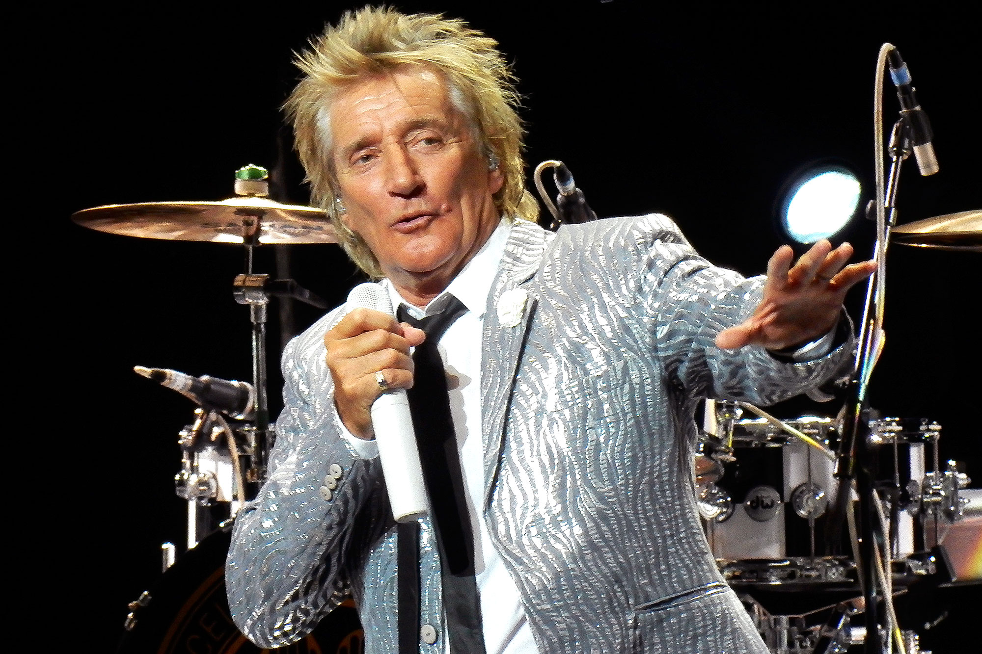 Rod Stewart Performs In Madrid