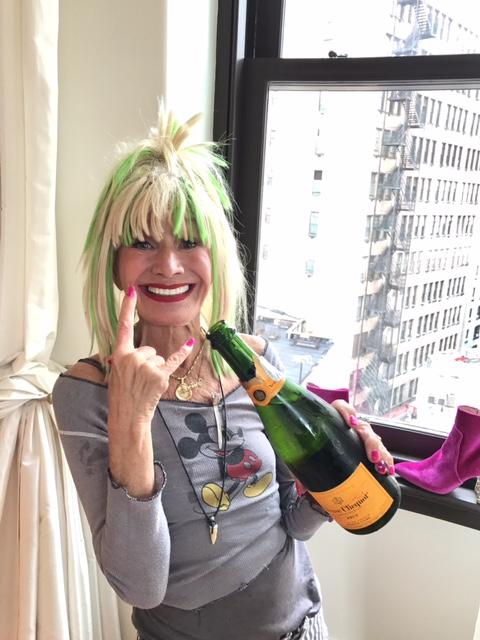 3 - Betsey + Champagne