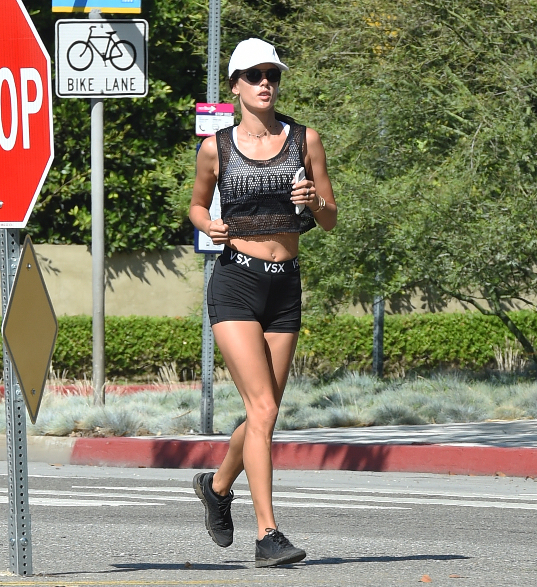 EXCLUSIVE: Alessandra Ambrosio shows off her toned body as she goes for a morning jog in Santa Monica