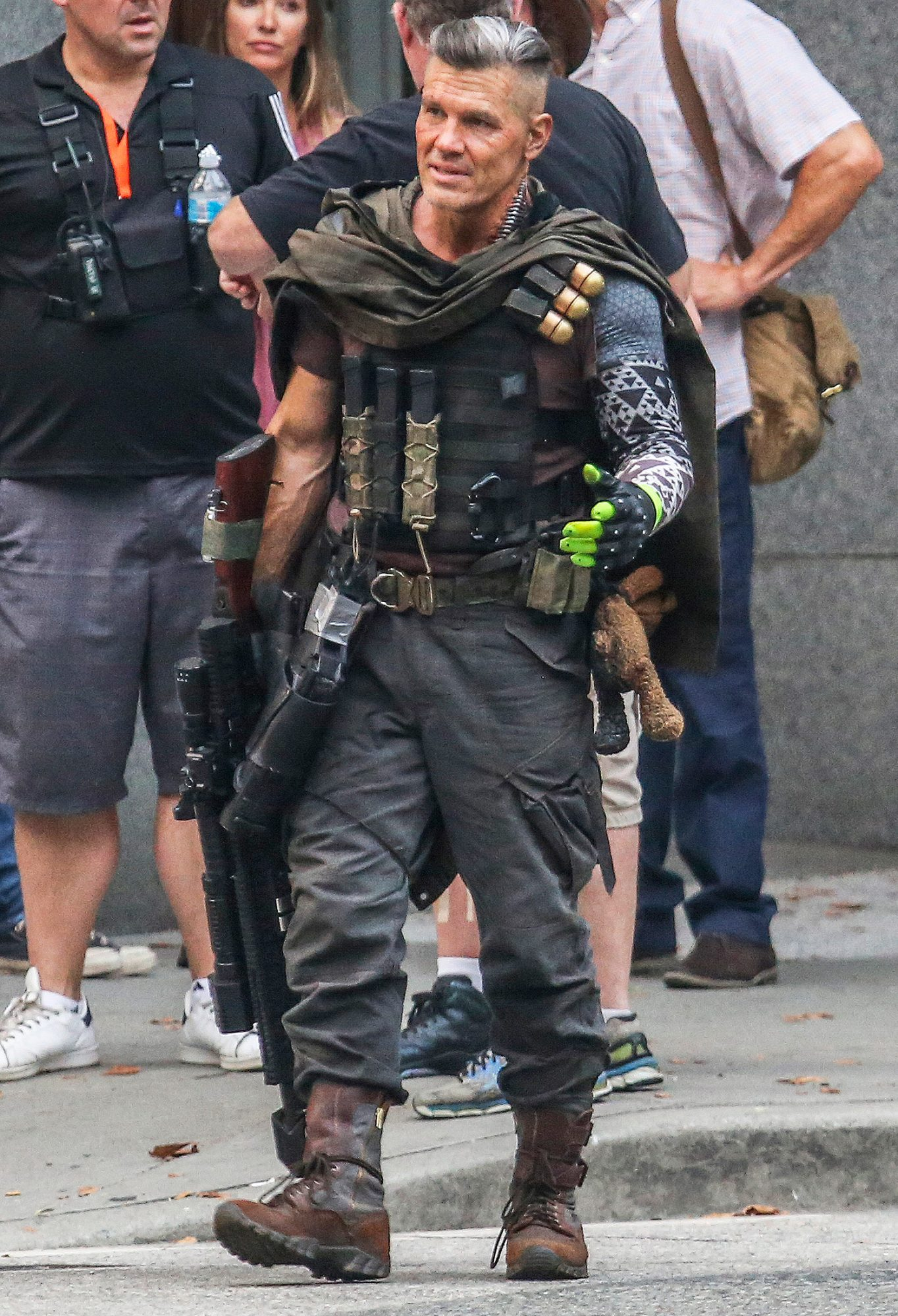 *First Look* Josh Brolin in Full Costume as Cable on Deadpool 2 Set