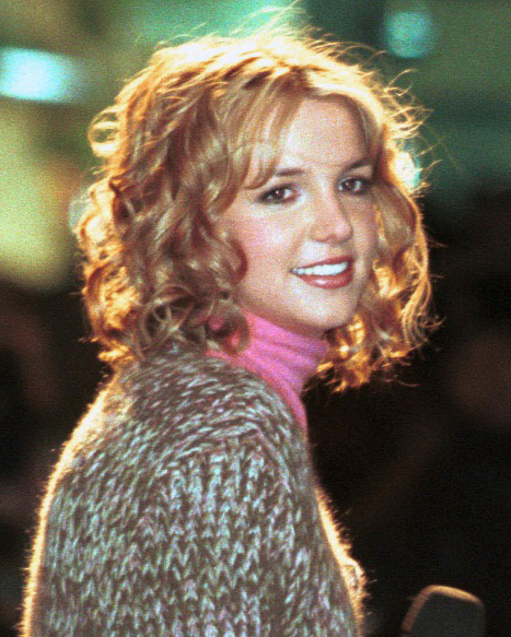 Britney Spears At Rockefeller Center On December 1 1999 During The Lighting Of The Tree