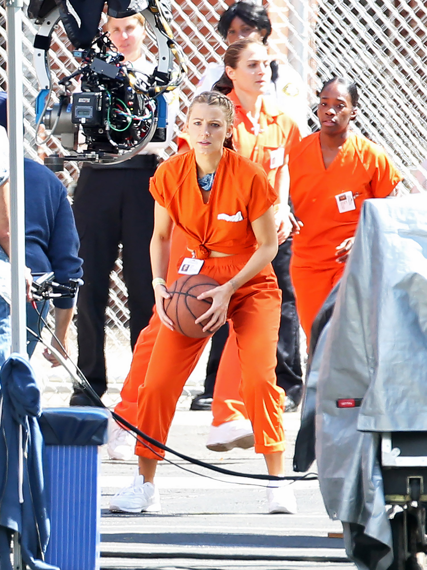 """EXCLUSIVE: Blake Lively Plays Basketball Wearing an Orange Jumpsuit While in a Prison on Set Filming """"A Simple Favor"""" in Toronto"""