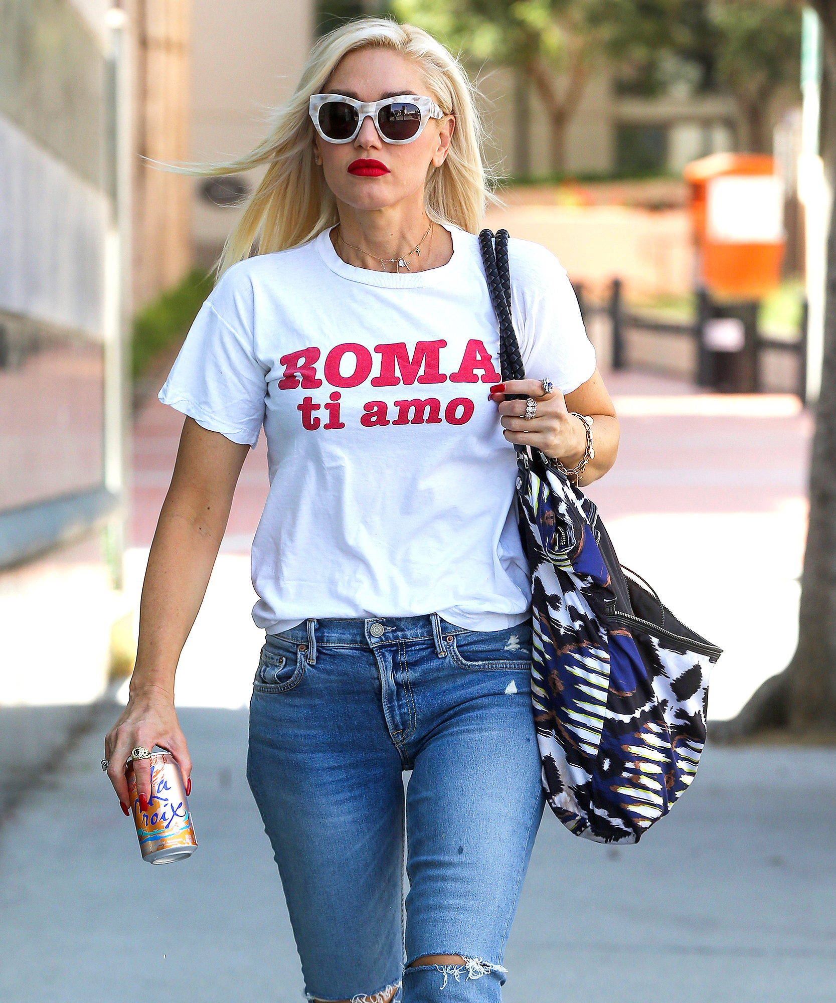 Gwen Stefani Shows her Love for Rome in a Roma ti Amo Shirt