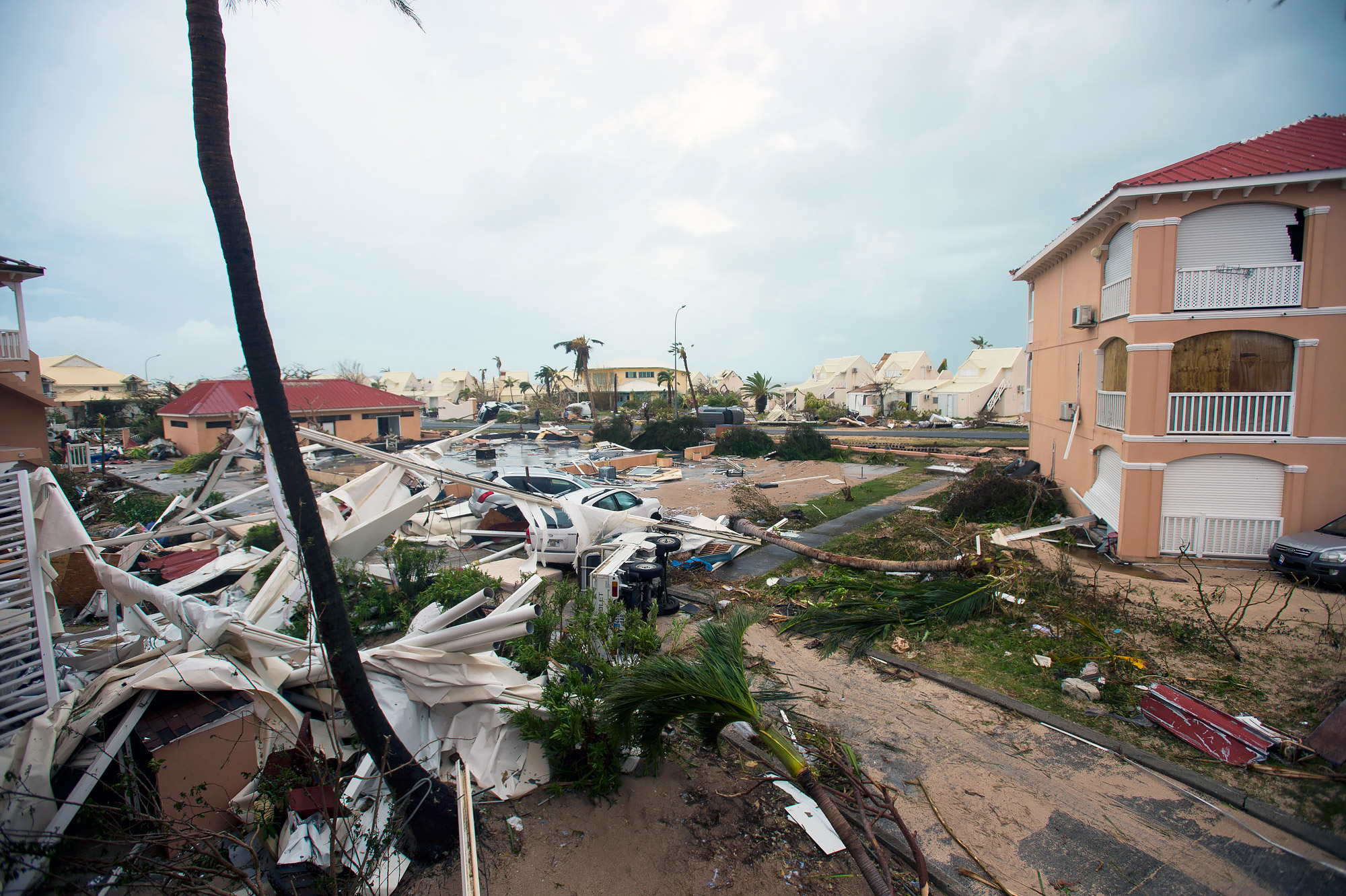 FRANCE-OVERSEAS-CARIBBEAN-WEATHER-HURRICANE