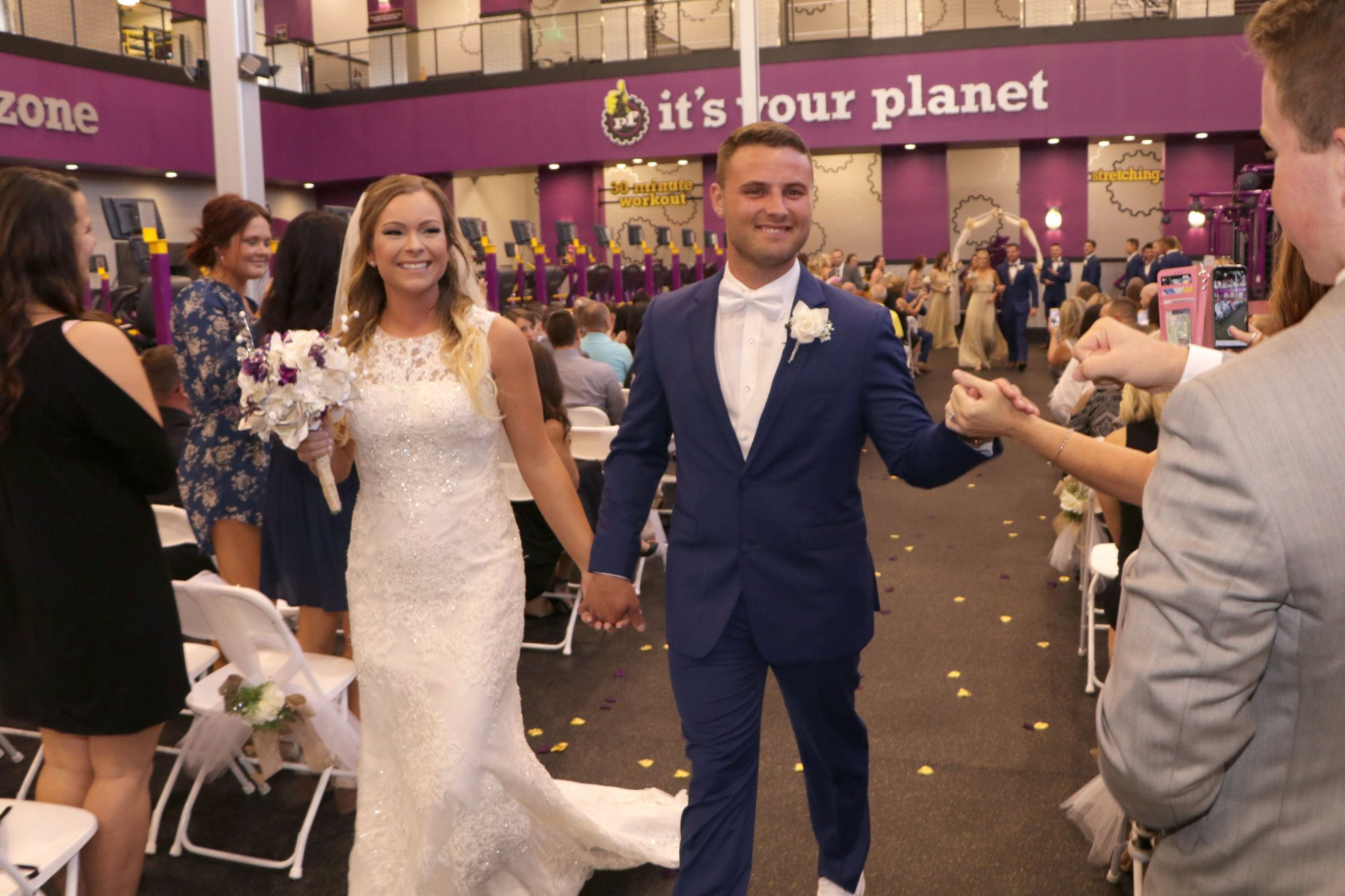 planet-fitness-wedding-5