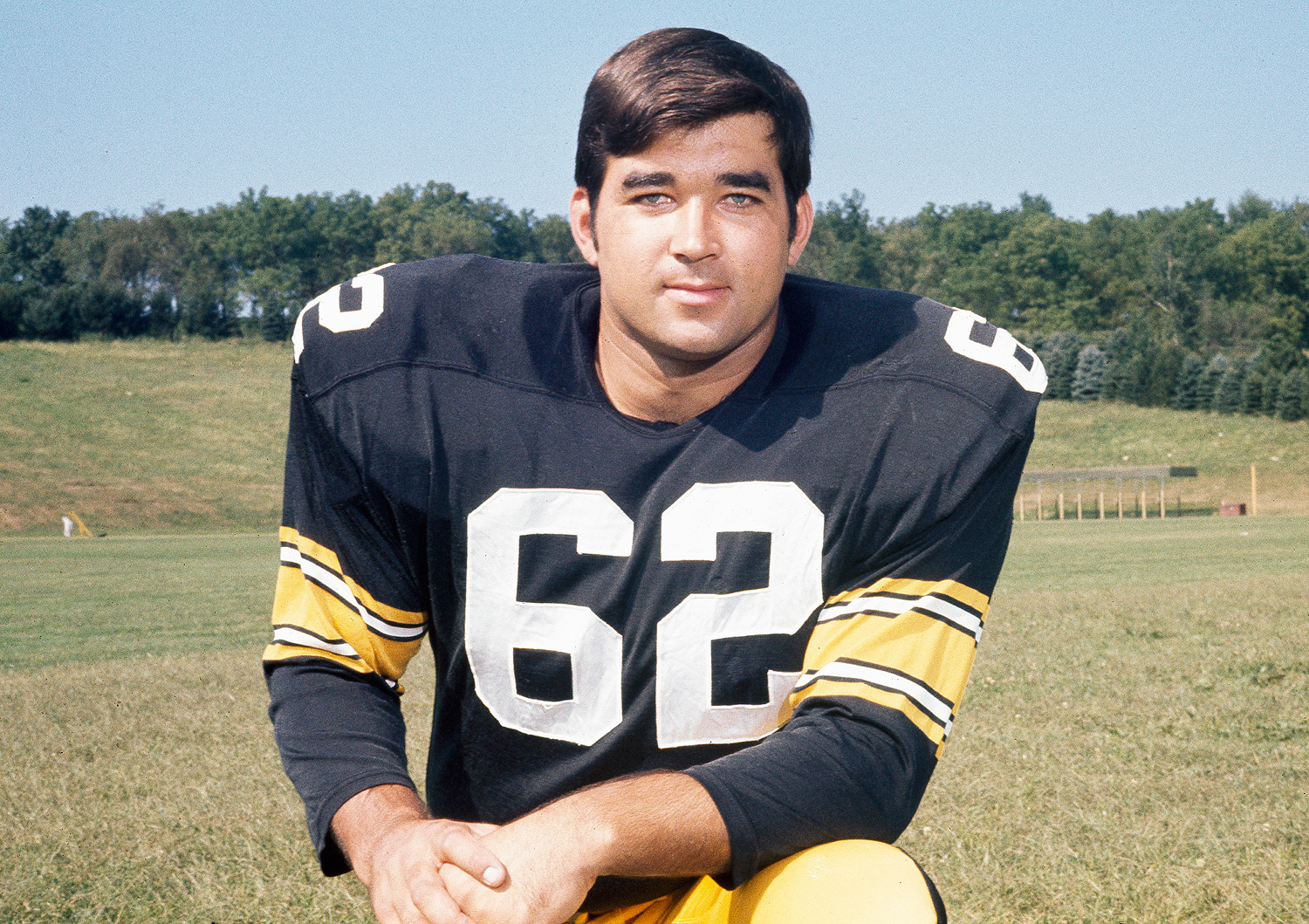 Ralph Wenzel, (62) football player for the Pittsburg Steelers, 1970. (AP Photo)