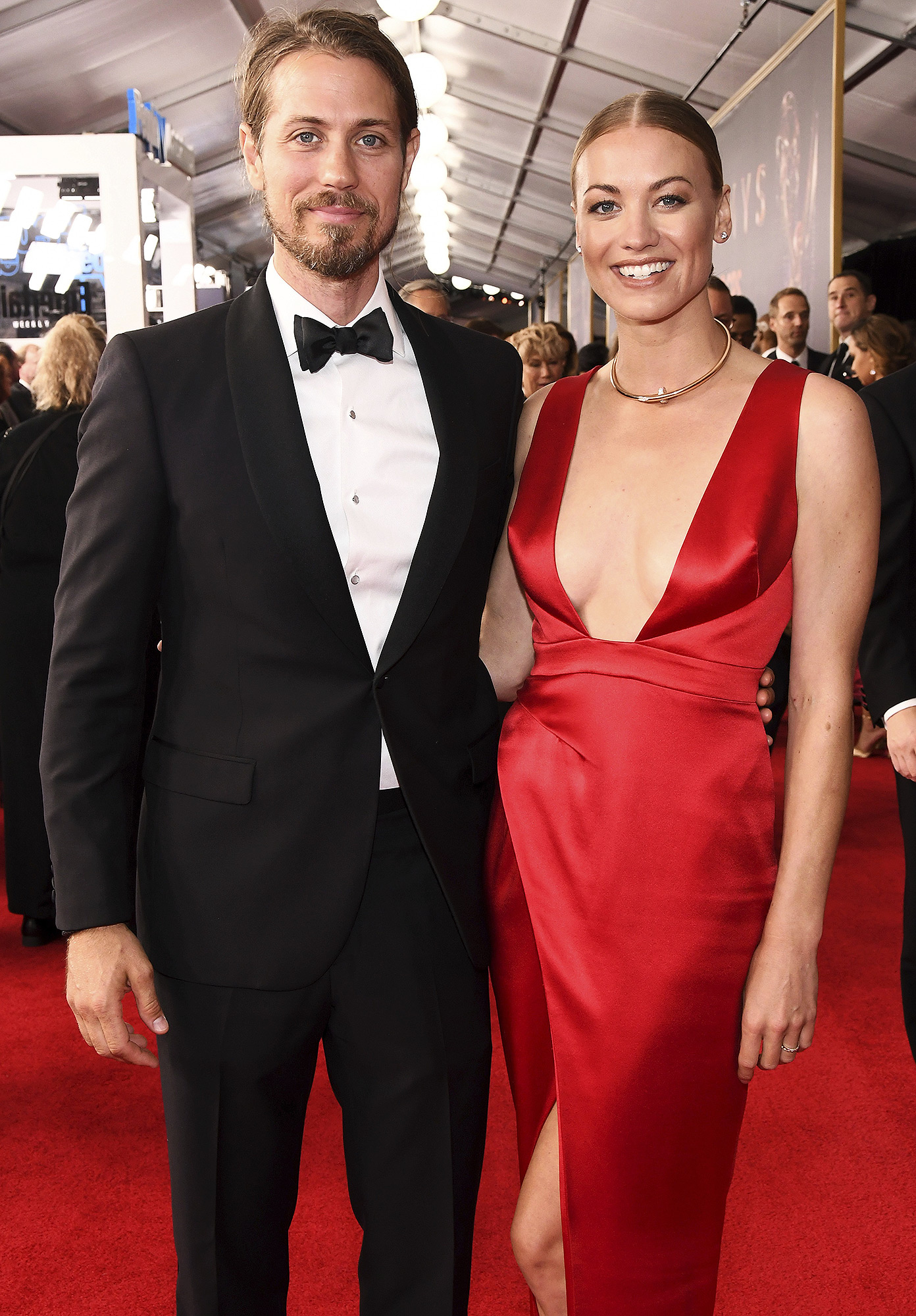 Handmaid S Tale Yvonne Strahovski Reveals She S Married People Com Loden was working primarily in short films before meeting yvonne. handmaid s tale yvonne strahovski reveals she s married people com