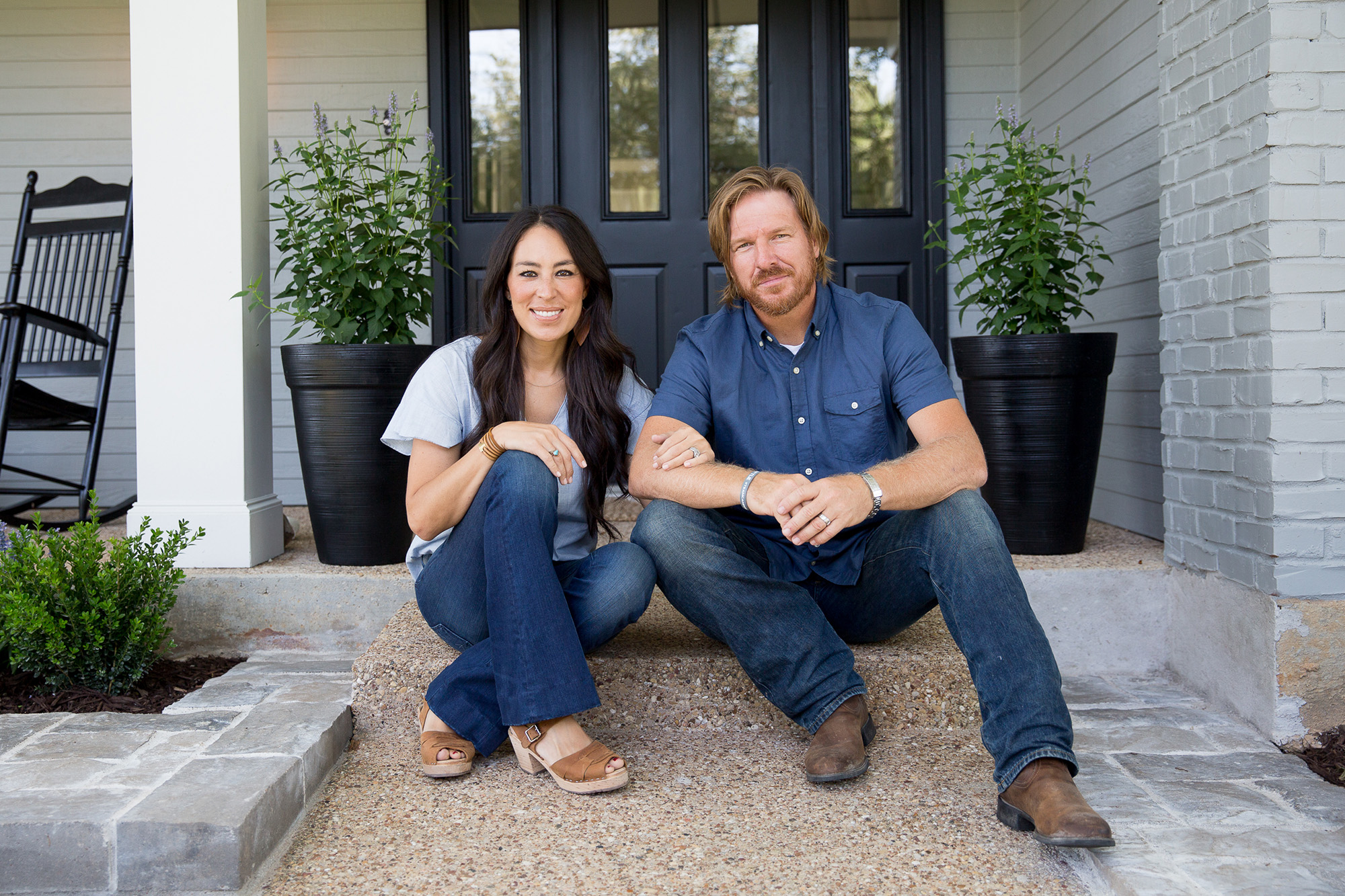 Chips Et Joanna Gaines chip and joanna gaines: our family comes first | people