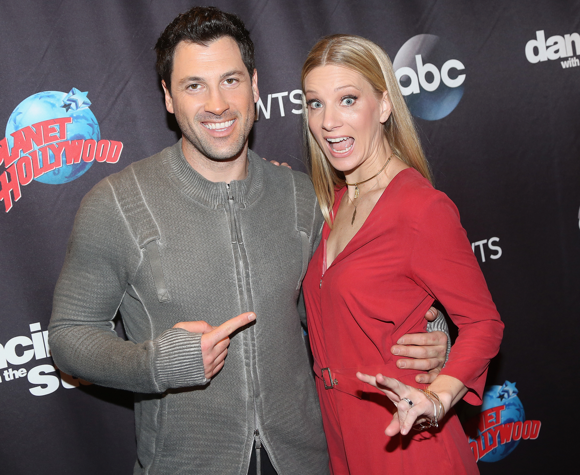 Cast Members Of Dancing With The Stars Season 24 Visit Planet Hollywood