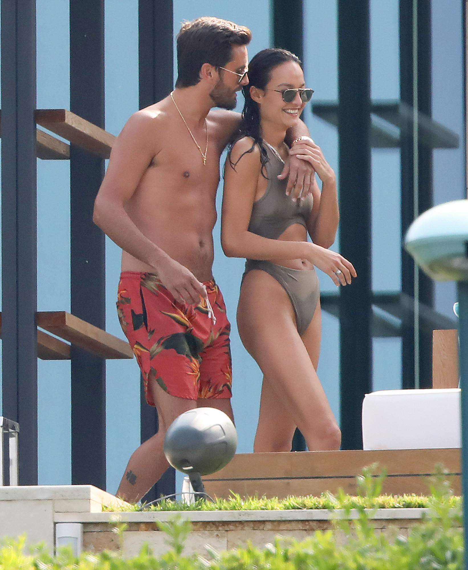 EXCLUSIVE: **PREMIUM EXCLUSIVE RATES APPLY** Scott Disick is seen with a new brunette one day after serious PDA with Bella Thorne - as she is nowhere to be seen!