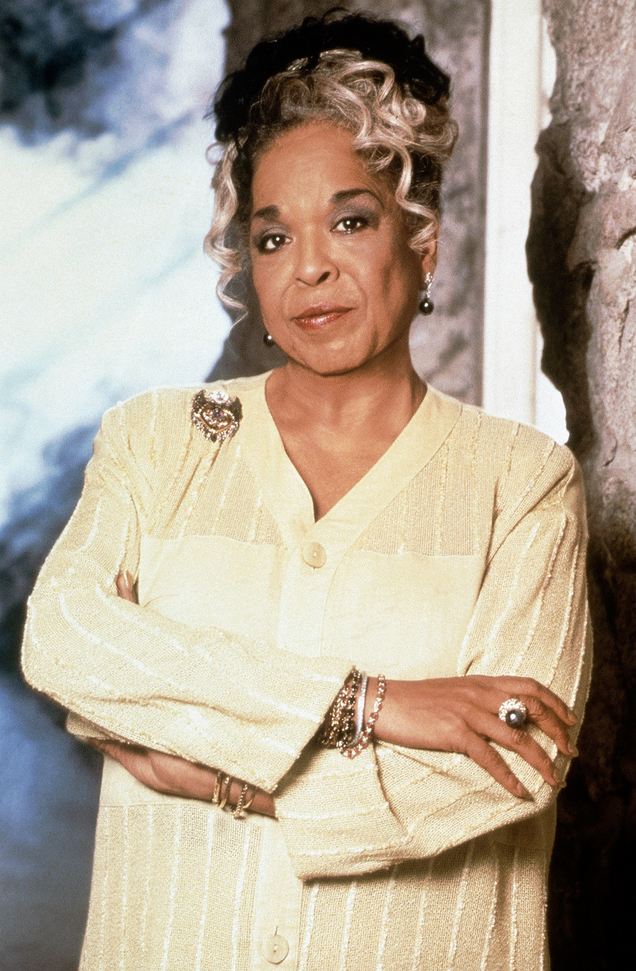 TOUCHED BY AN ANGEL, Della Reese, 1994-2003, © CBS/courtesy Everett Collection