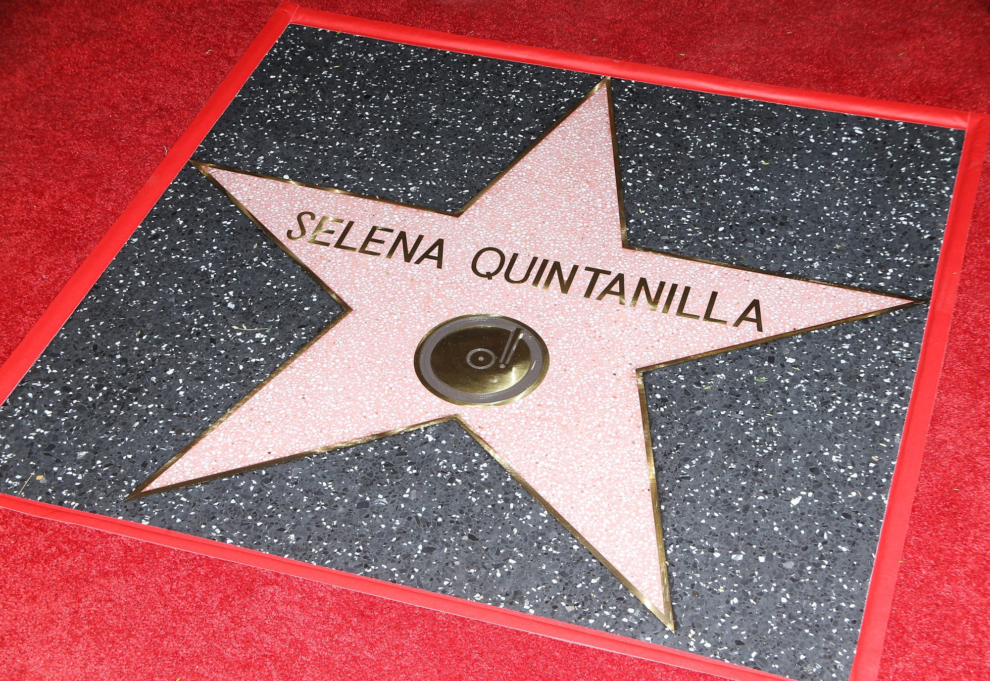 Selena Quintanilla Honored Posthumously With Star On The Hollywood Walk Of Fame