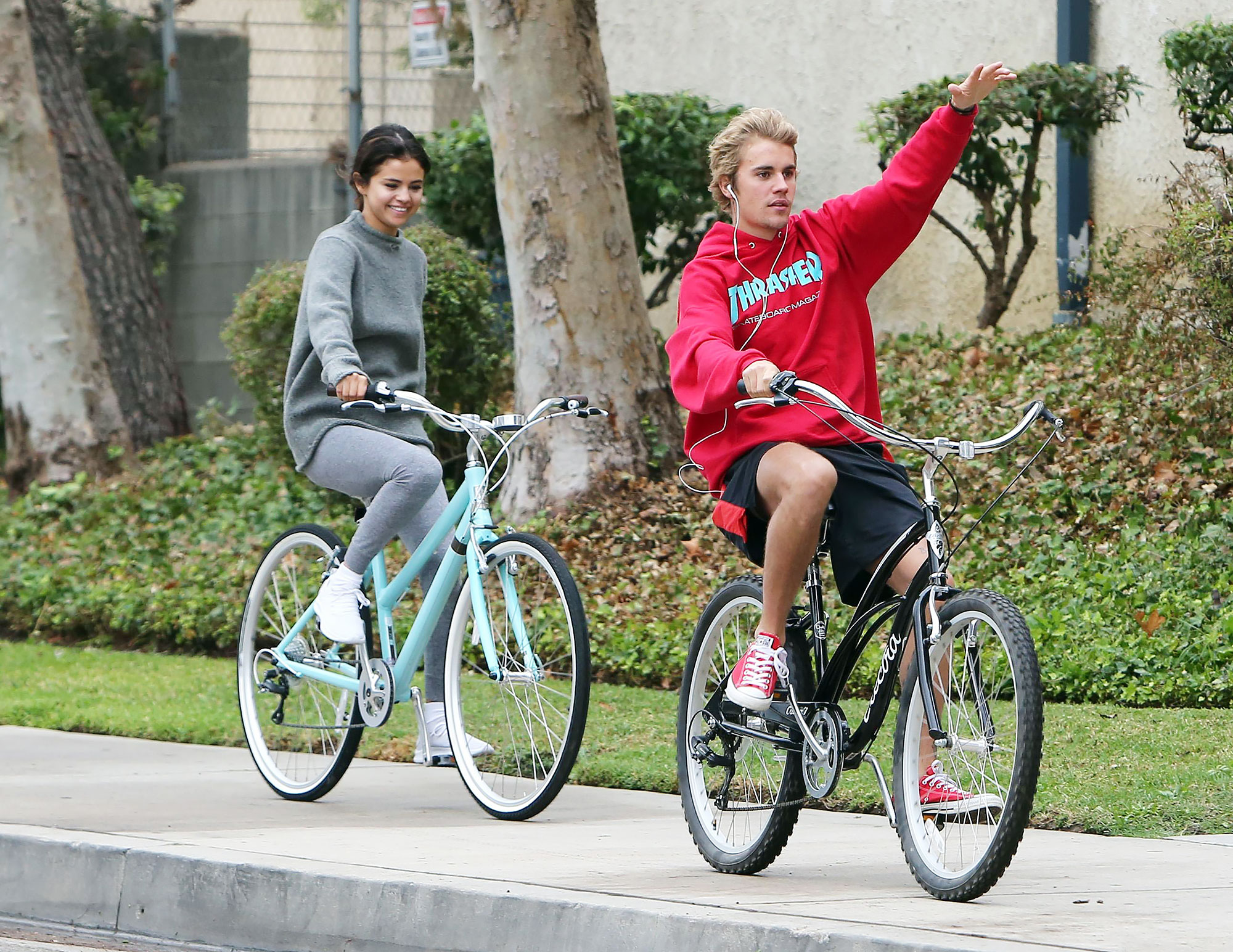 Selena Gomez and Justin Bieber have great fun cruising around on their bikes together in Los Angeles