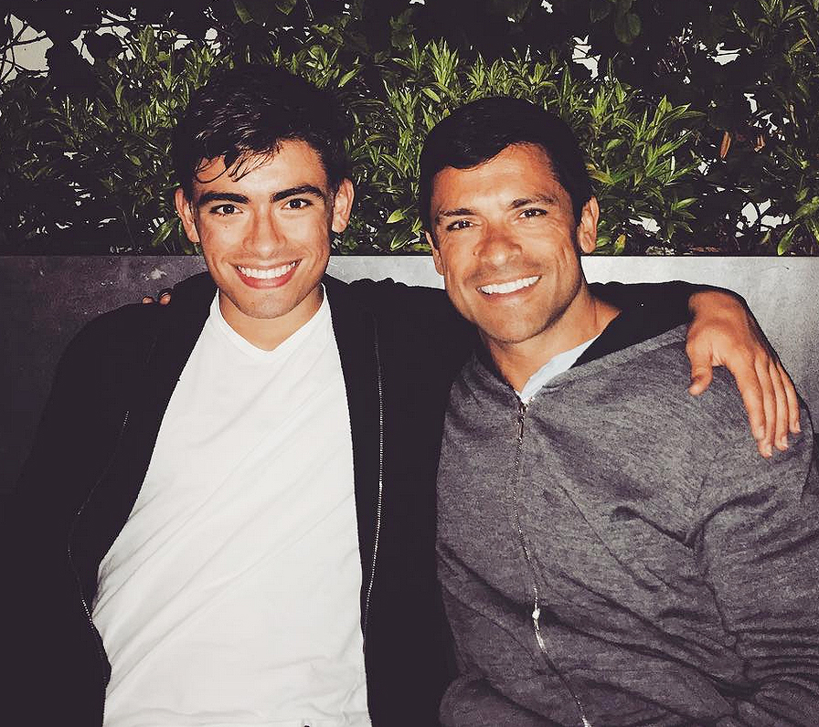 mark-consuelos