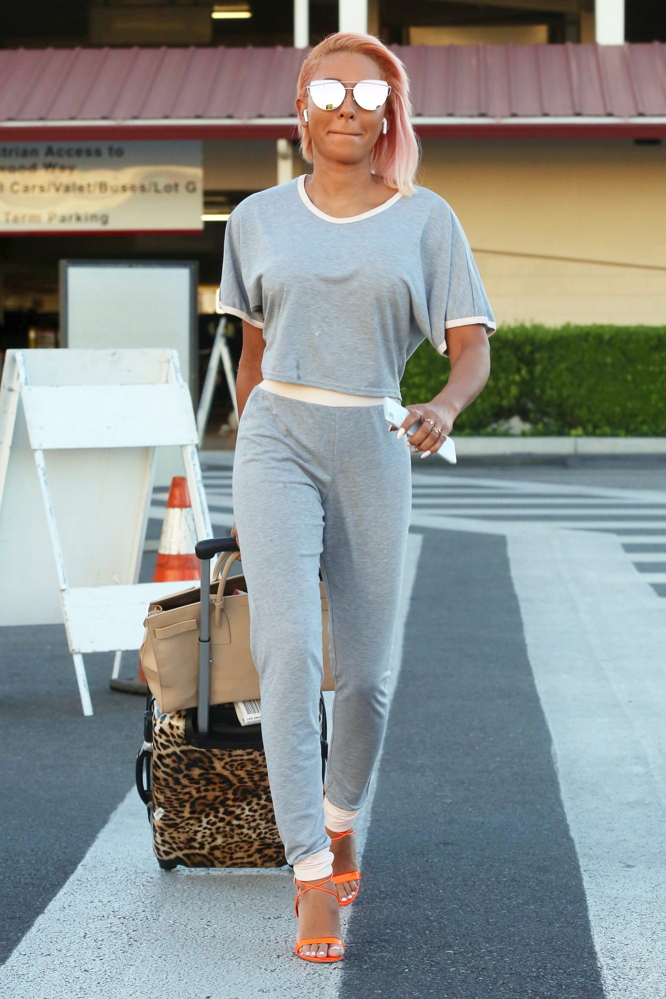 Mel B Spotted at Burbank Airport