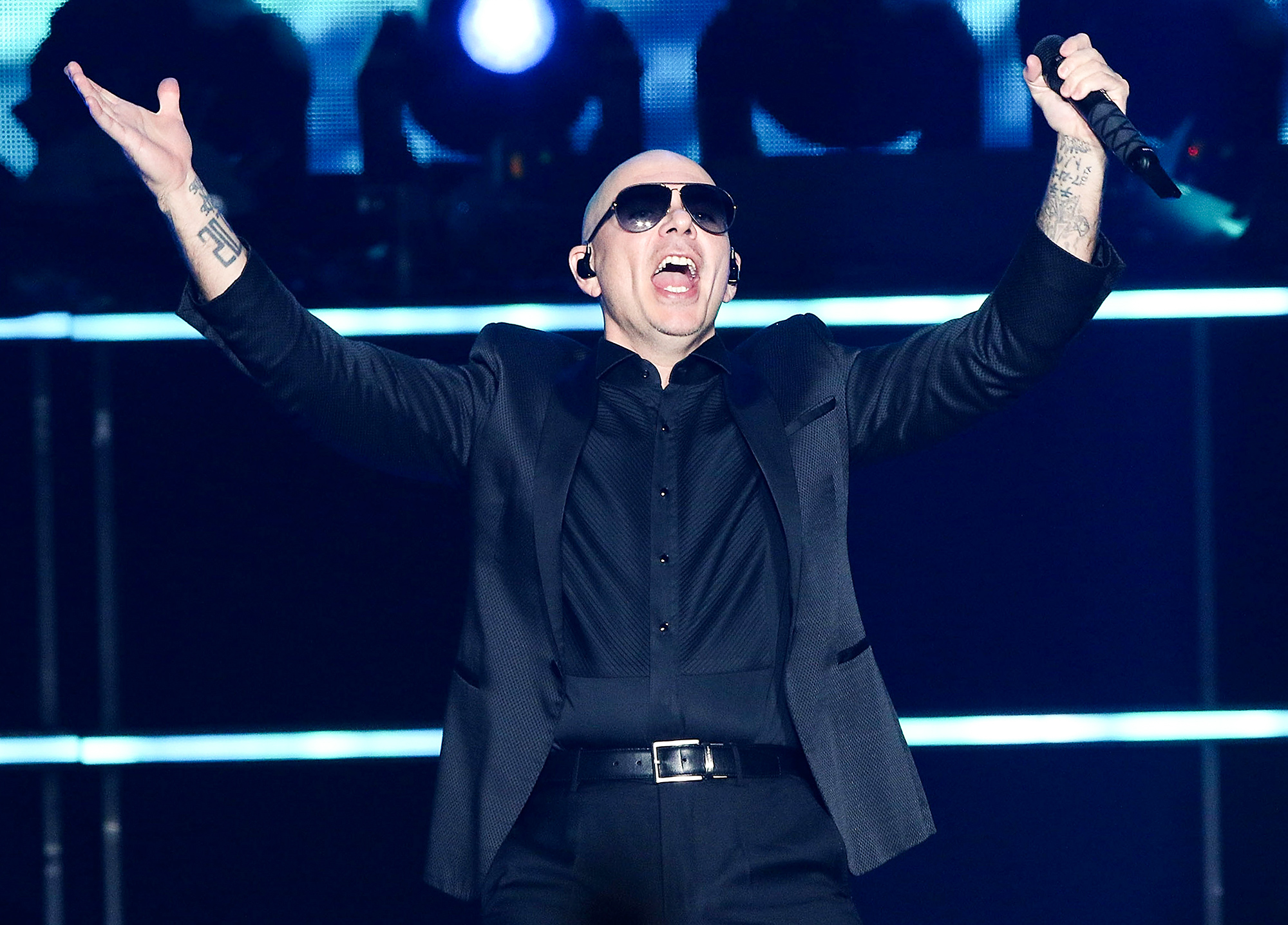 Enrique Iglesias And Pitbull Perform At The Forum
