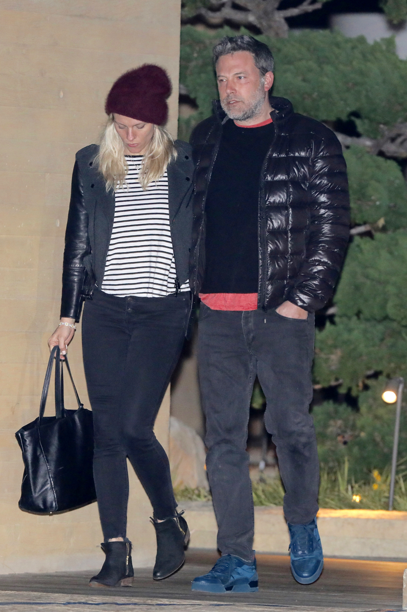 Ben Affleck and Girlfriend Lindsay Shocks  see living Nobu.