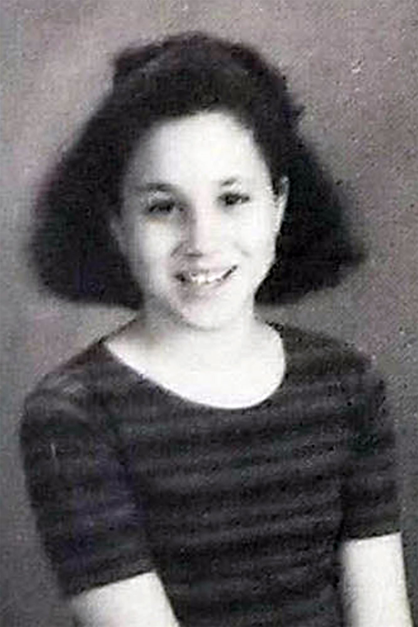 *EXCLUSIVE* Sparkle Markle A.K.A. Meghan Markle is seen in rare graduation photos from elementary school
