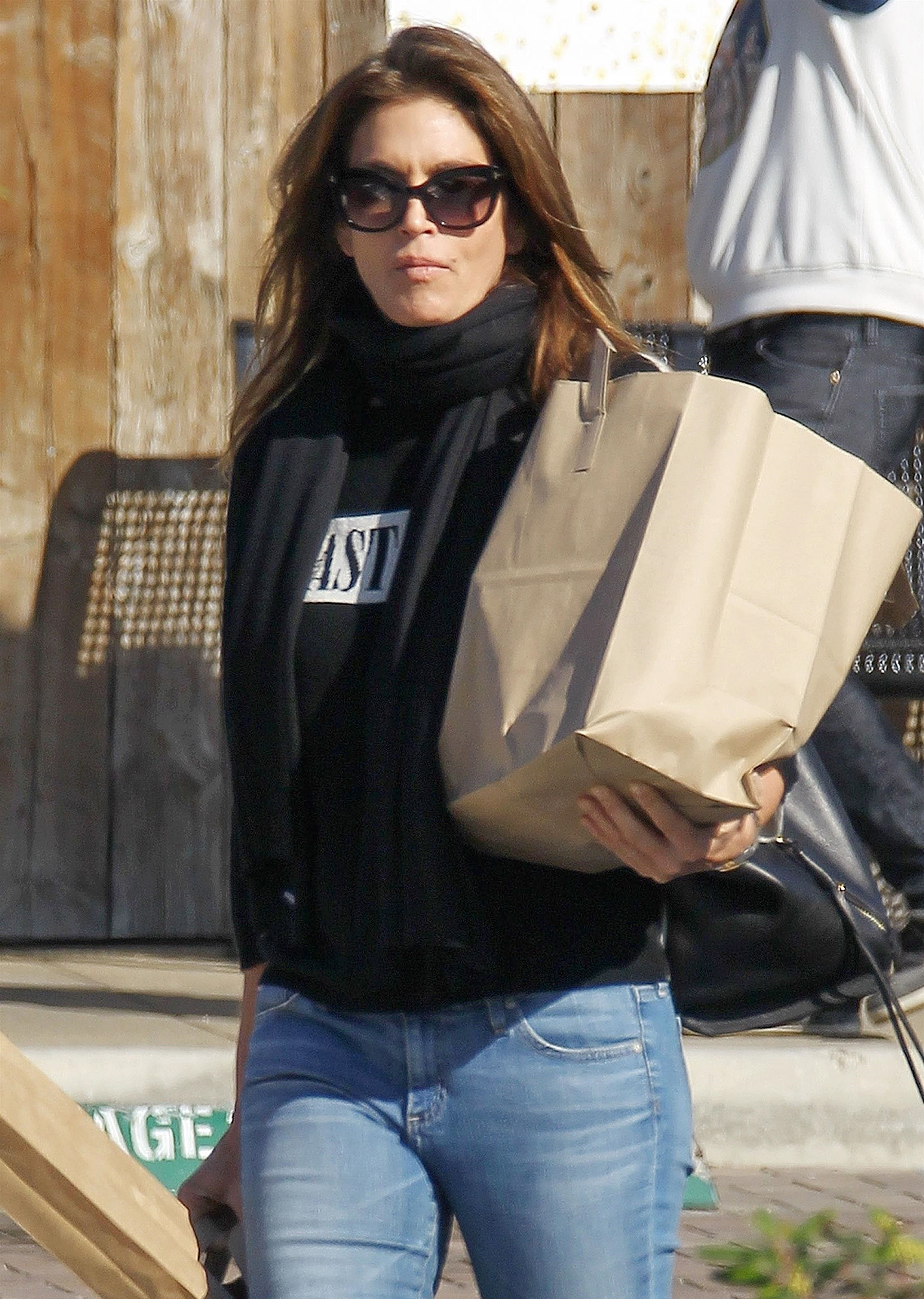 *EXCLUSIVE* Cindy Crawford starts her morning off with a trip to the grocery store