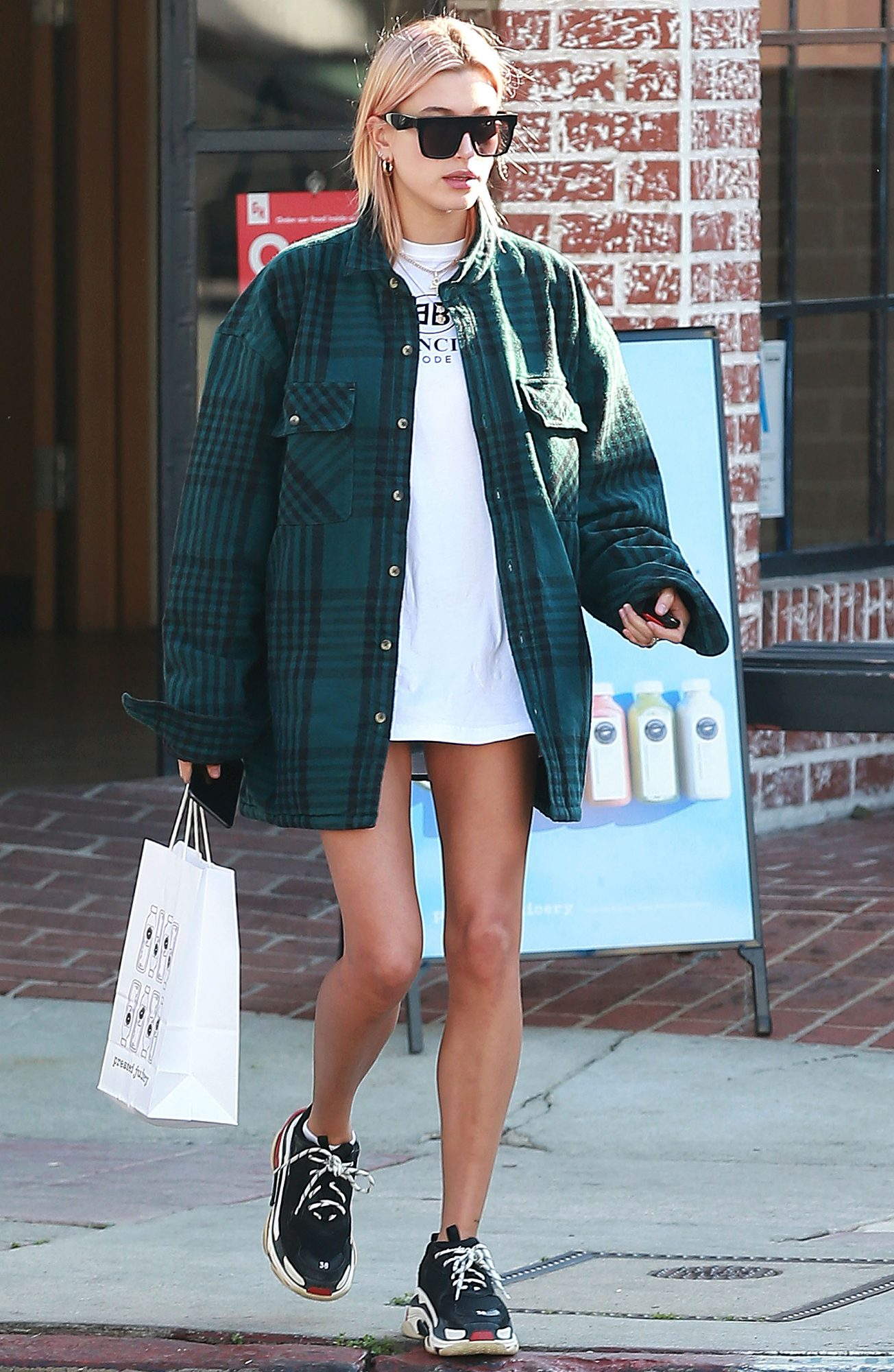 Hailey Baldwin out and about, Los Angeles, USA - 11 Jan 2018