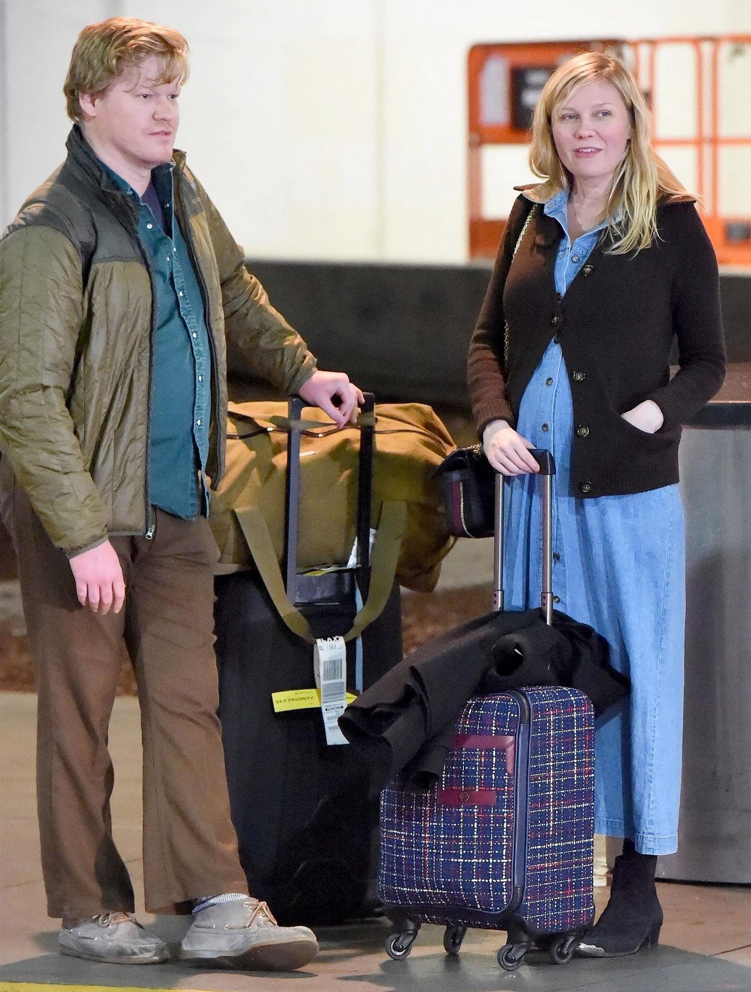 *EXCLUSIVE* Kirsten Dunst and Jesse Plemons touch down at LAX