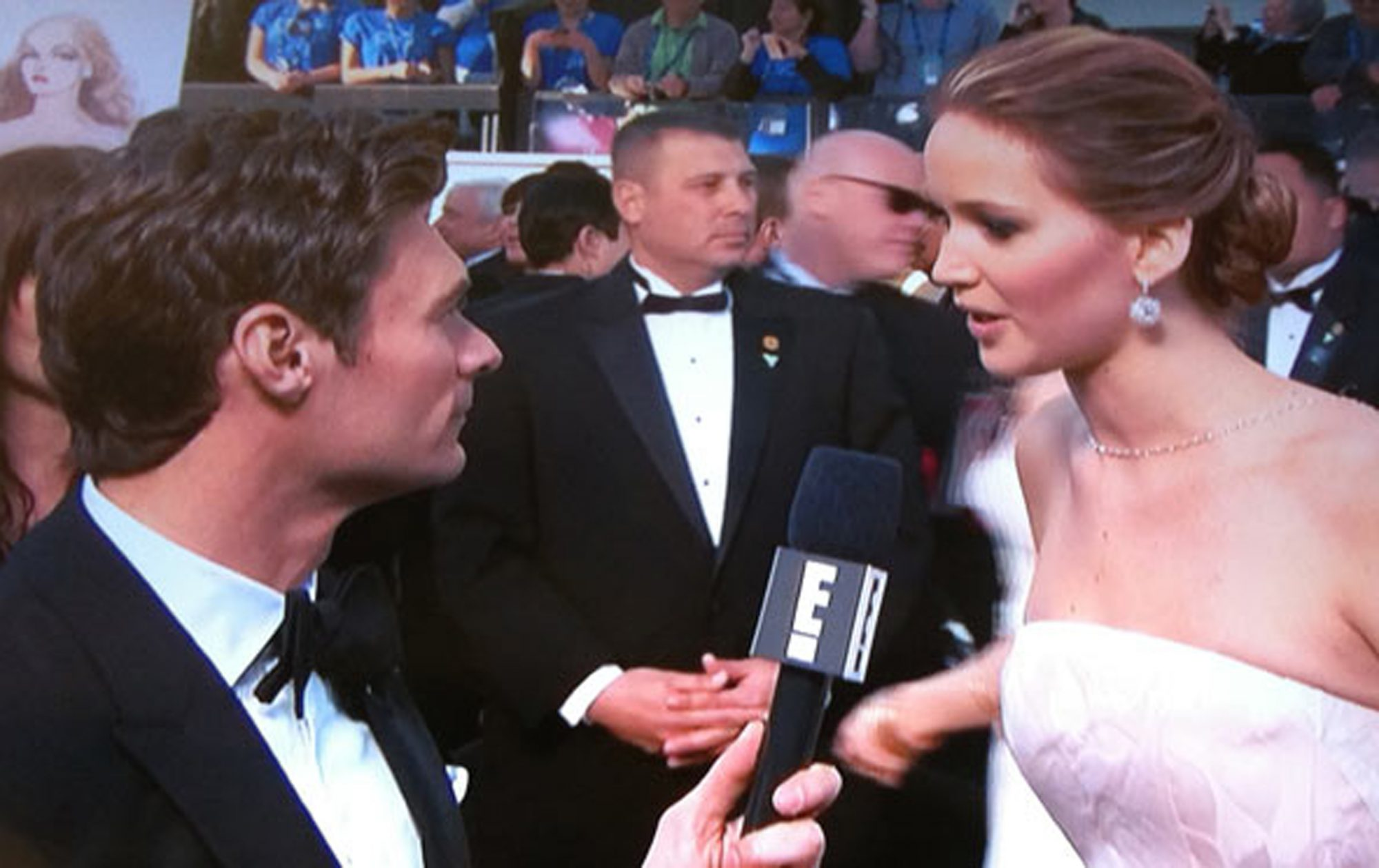 Lawrence talking to Ryan Seacrest at the 2013 Oscars