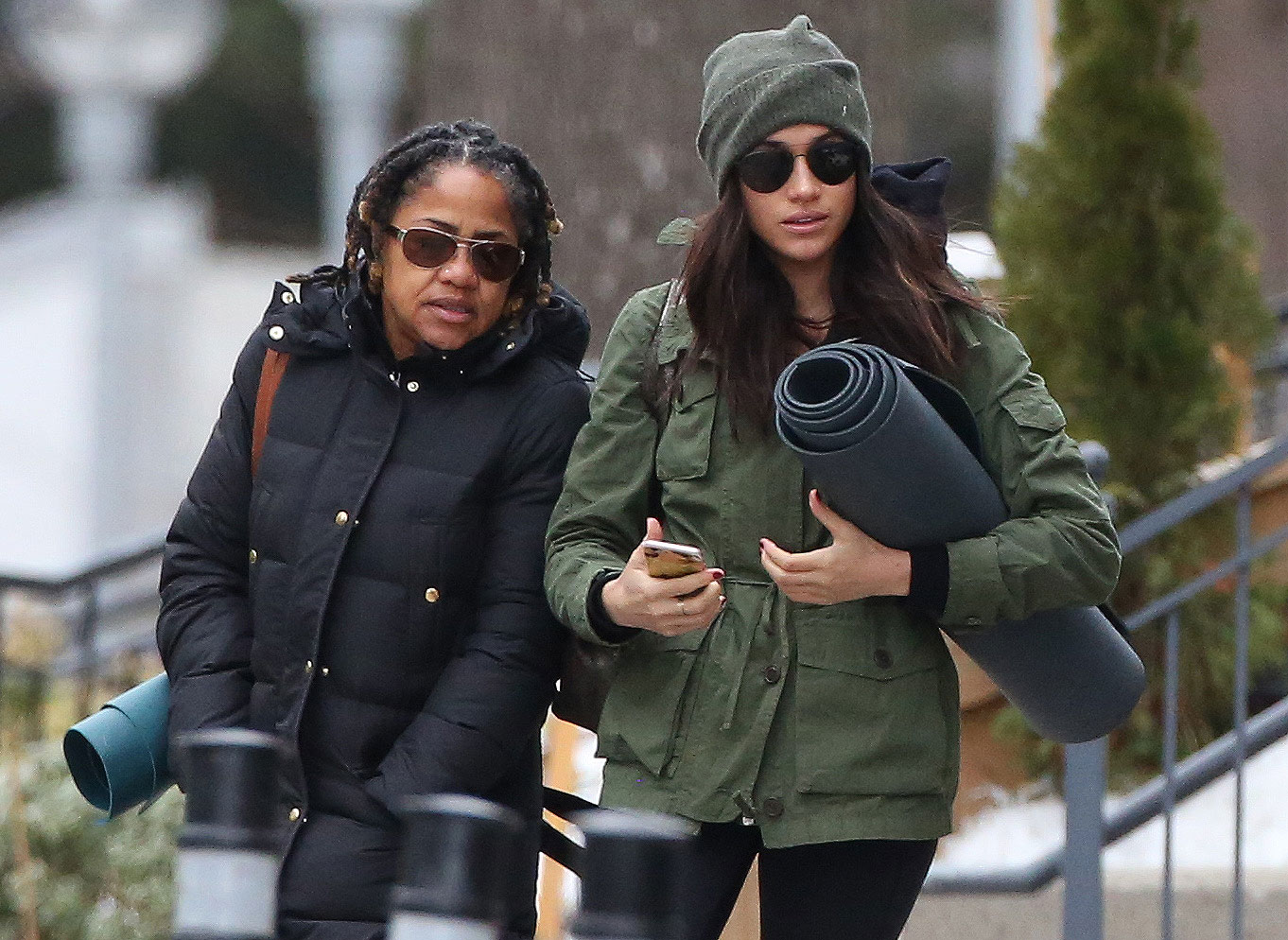 EXCLUSIVE: **NO WEB UNTIL 11PM PST, DEC 27TH 2016** Meghan Markle and her mom do Yoga together