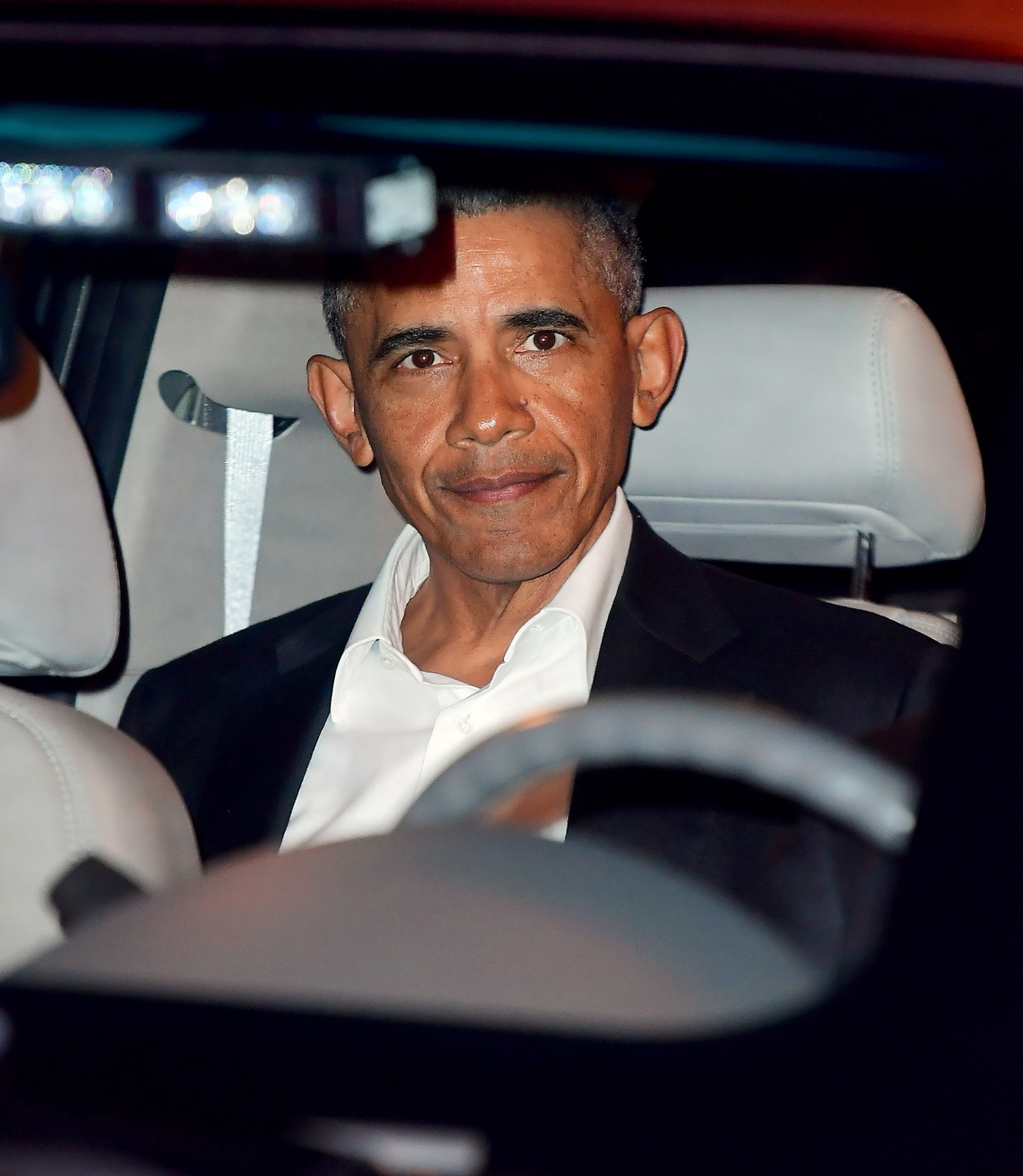 EXCLUSIVE: A Happy looking President Barack Obama Arrives at NYC Temple for Speaking Engagement