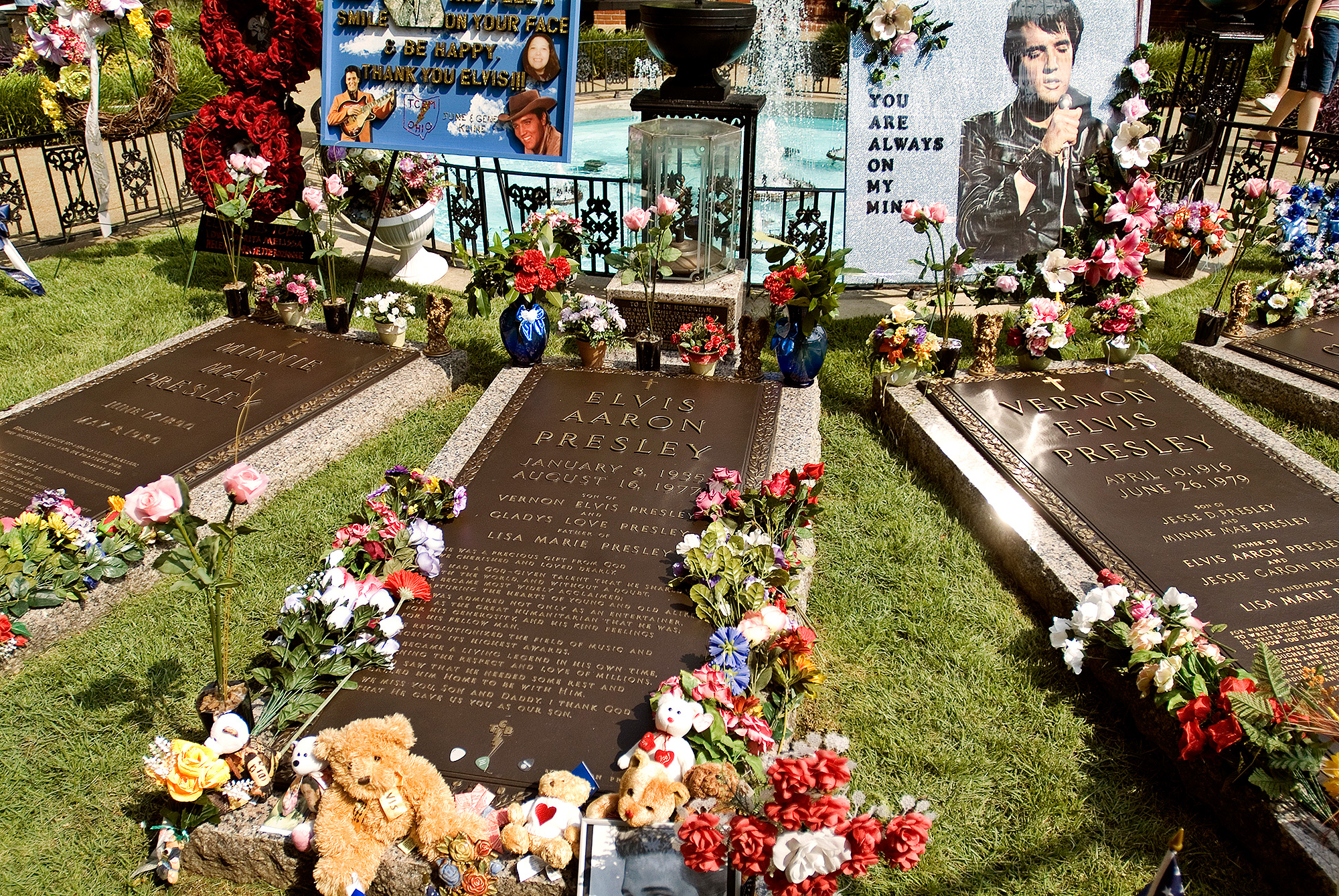 HIS BODY WAS MOVED TO GRACELAND AFTER THIEVES TRIED TO STEAL IT