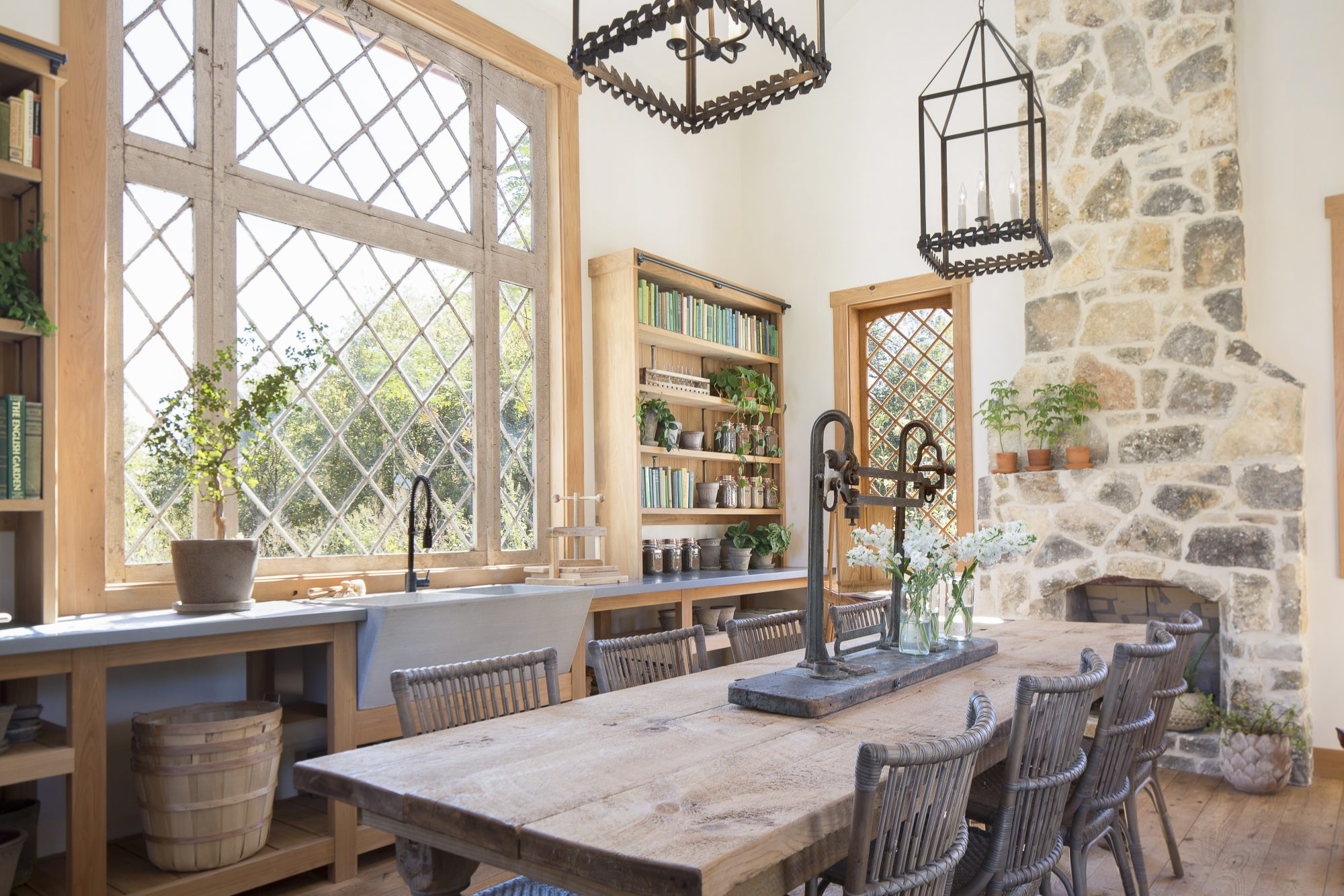 The interior of the garden cottage, as seen on Fixer Upper. (After)