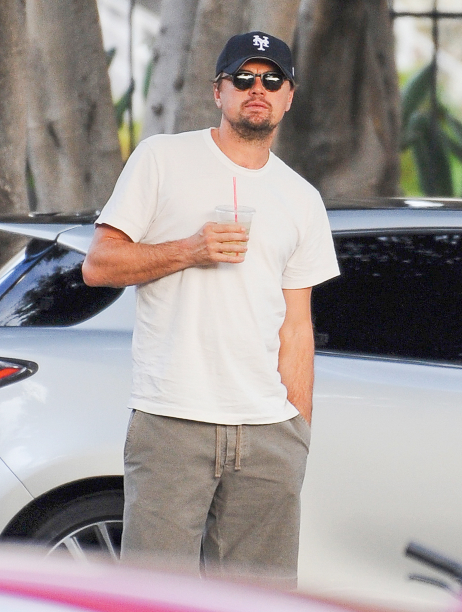 EXCLUSIVE: Leonardo DiCaprio is Spotted Tucking into a Burrito at a Cafe in Los Angeles