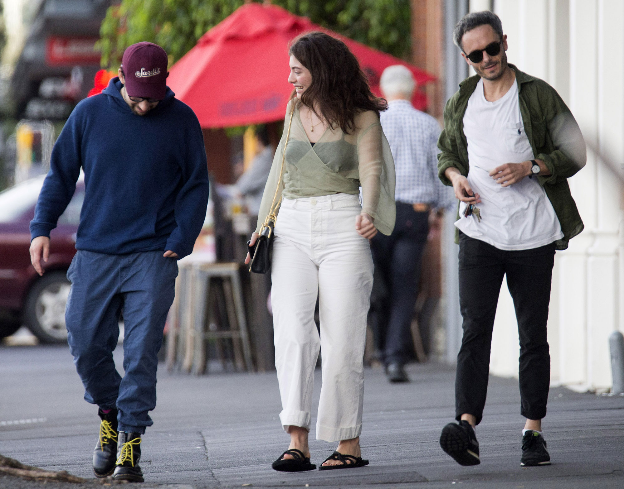 ** NO WEB UNTIL FEBRUARY 22ND 10AM PST 2018 ** PREMIUM EXCLUSIVE **  Lorde and Jack Antonoff looking very friendly in New Zealand