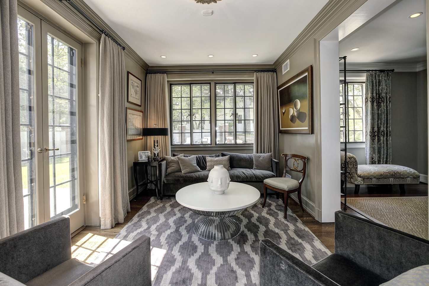 The Obama Family Will Live In a 9 Bedroom D.C.  MansionCredit: HomeVisit.com;