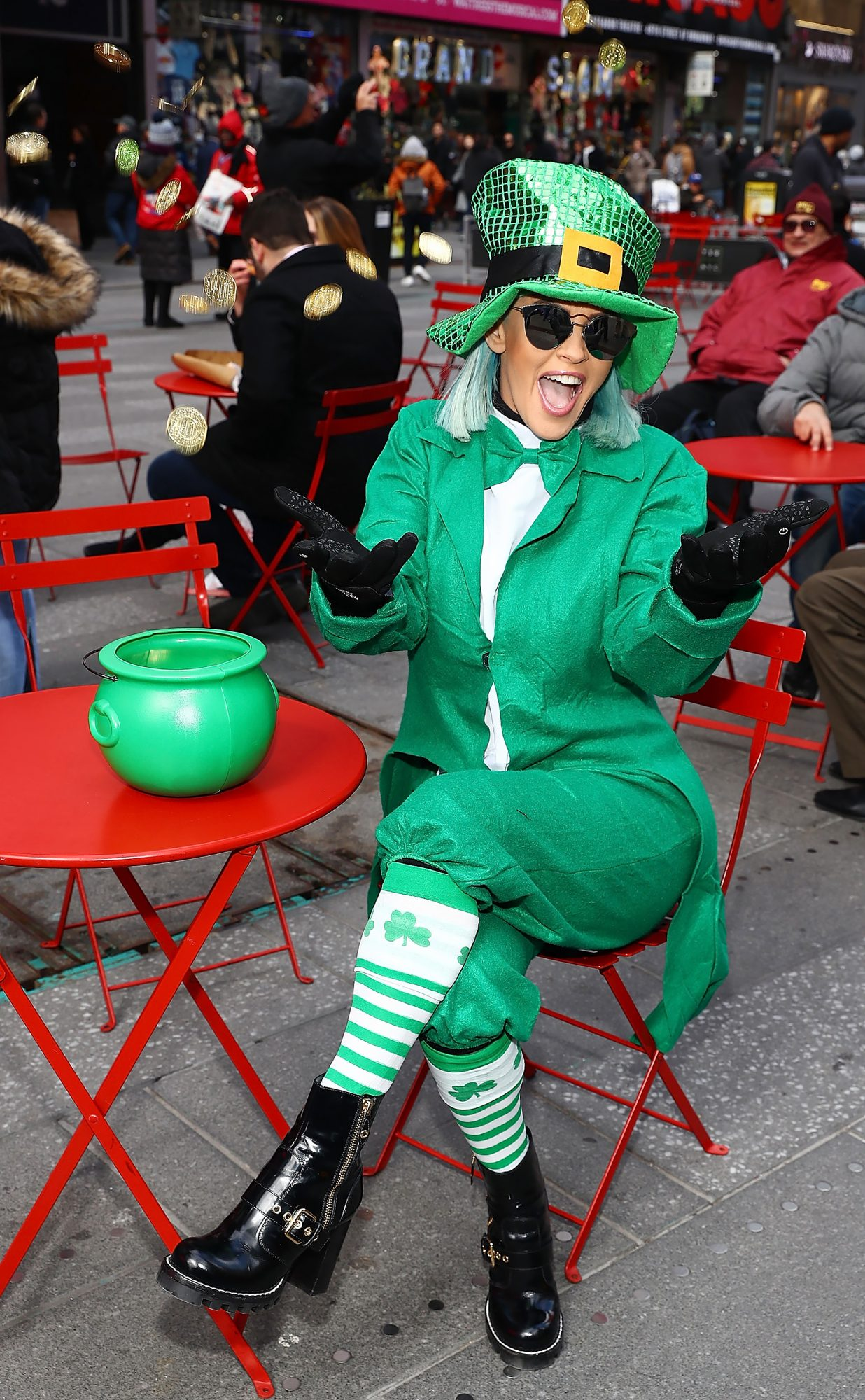 "Jenny McCarthy Celebrates St. Patrick's Day On Her Exclusive SiriusXM Show ""The Jenny McCarthy Show"""